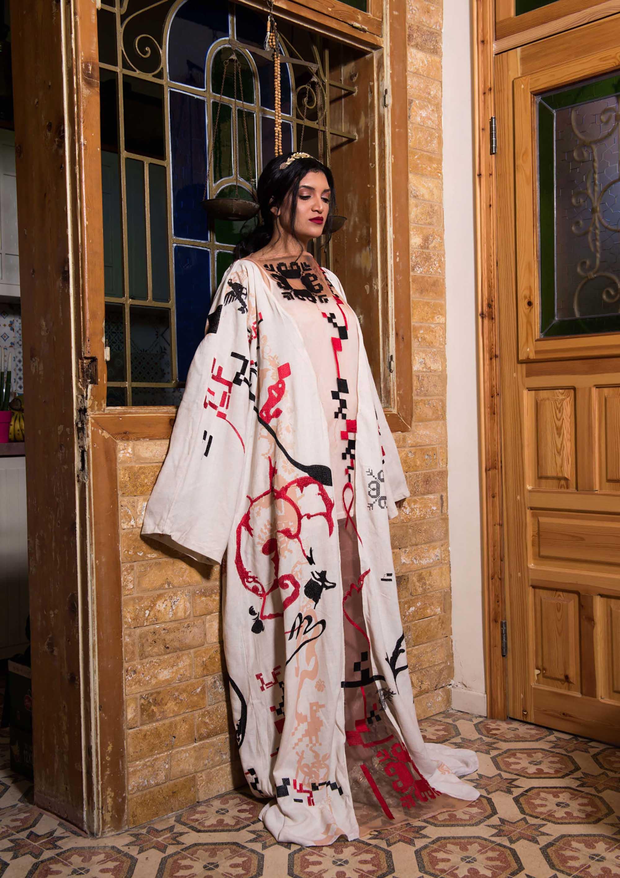 Fashion Israel, חדשות אופנה, כתבות אופנה, טרנדים, מגזין אופנה, אופנה, צילום: מני פל, דוגמנית וסטיילינג: חדיג׳ה דסוקי, איפור: מריה מנצ'ב -