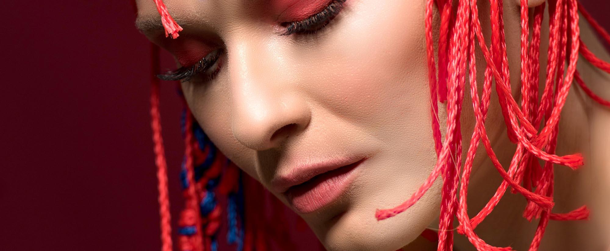 צילום: מני פל, סטיילינג וארט: ליז פלנסיה, עיצוב שיער: שרון פור, איפור: נתנאל טל, דוגמנית: סופה רוזן, עוזרת סטייליניג: אתי פלנסיה, - Fashion Israel - 2020 חדשות אופנה 2020, כתבות אופנה 2020, טרנדים 2020, מגזין אופנה ישראלי, אופנה - 9