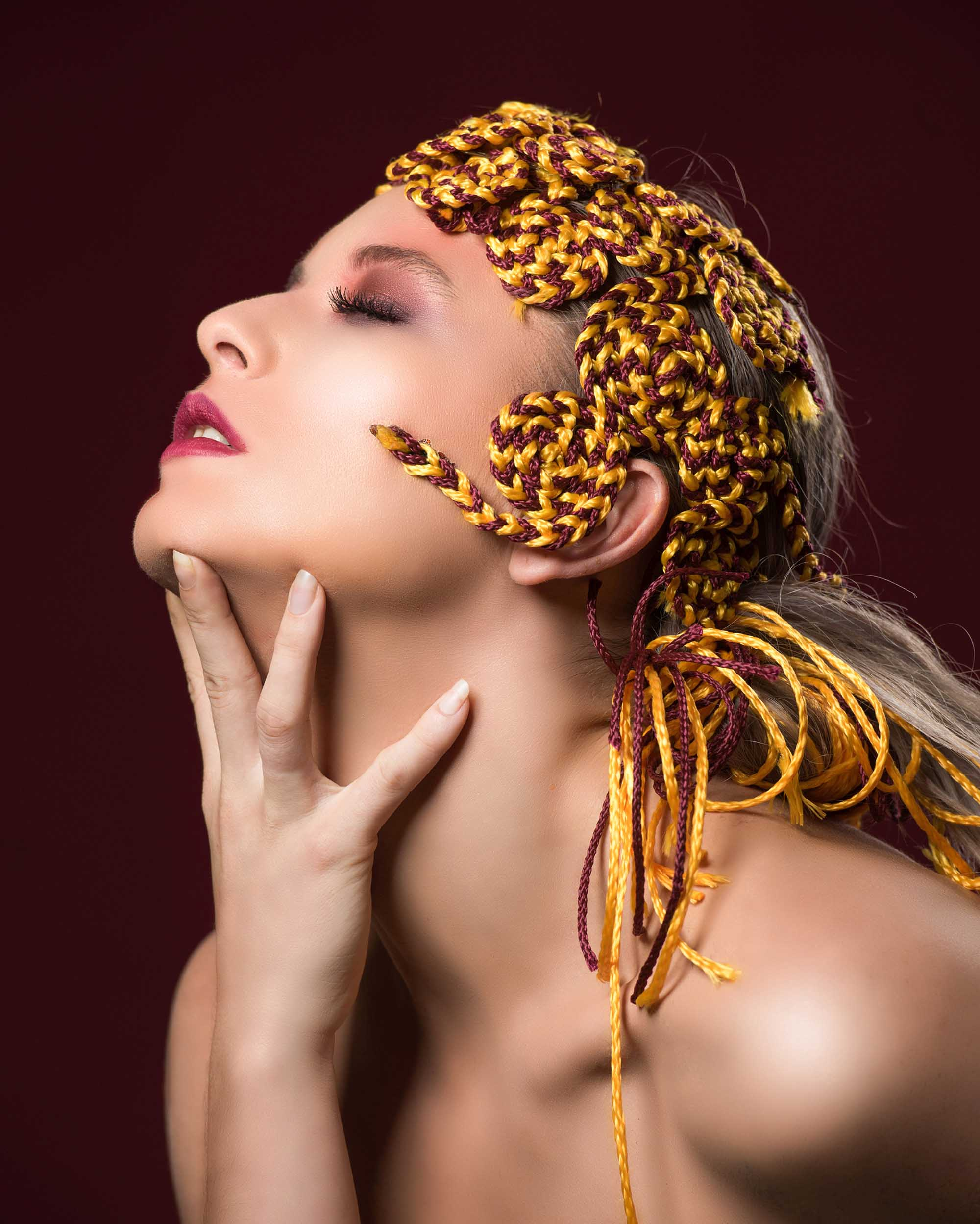 צילום: מני פל, סטיילינג וארט: ליז פלנסיה, עיצוב שיער: שרון פור, איפור: נתנאל טל, דוגמנית: סופה רוזן, עוזרת סטייליניג: אתי פלנסיה, - Fashion Israel - 2020 חדשות אופנה 2020, כתבות אופנה 2020, טרנדים 2020, מגזין אופנה ישראלי, אופנה -