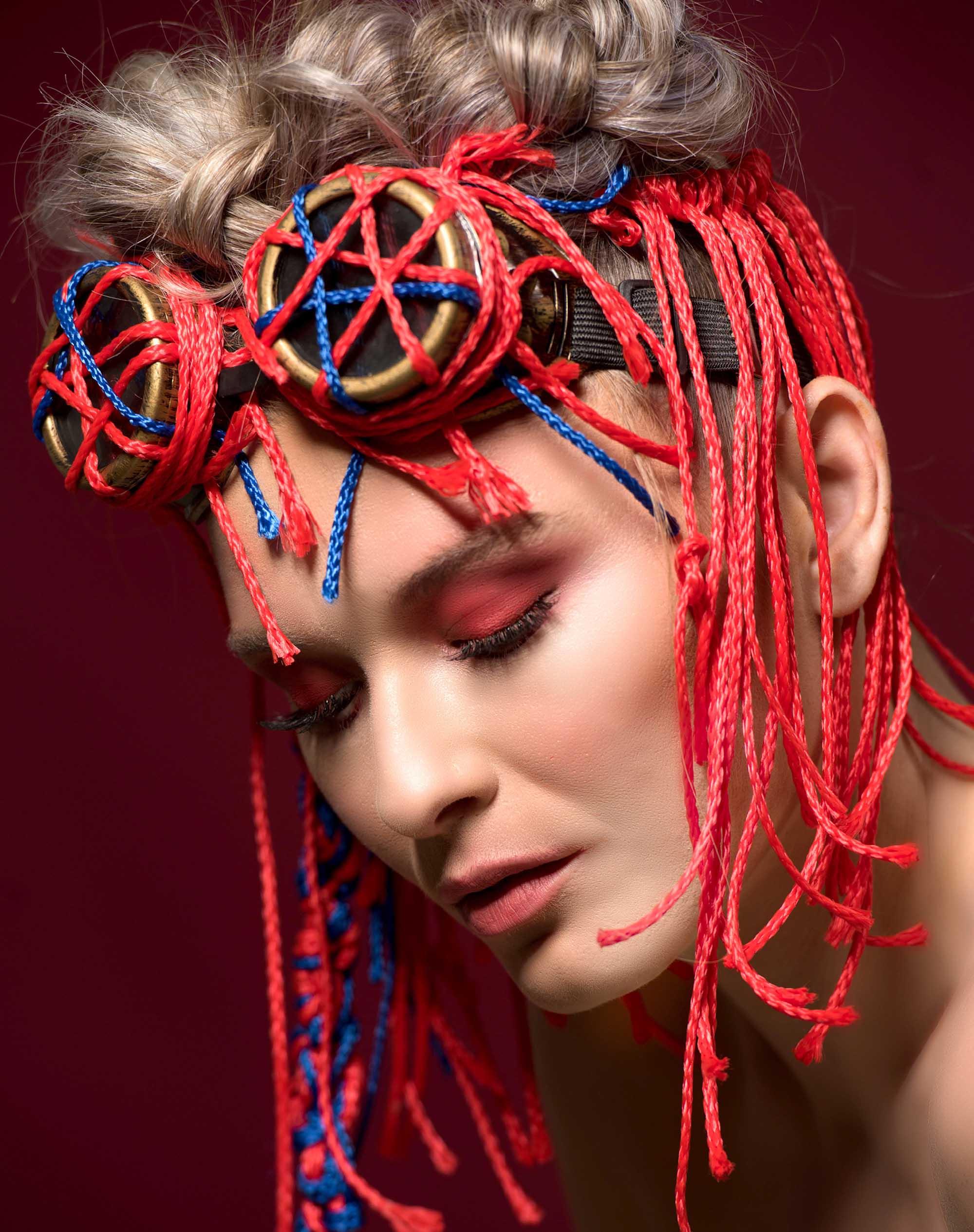 צילום: מני פל, סטיילינג וארט: ליז פלנסיה, עיצוב שיער: שרון פור, איפור: נתנאל טל, דוגמנית: סופה רוזן, עוזרת סטייליניג: אתי פלנסיה, - Fashion Israel - 2020 חדשות אופנה 2020, כתבות אופנה 2020, טרנדים 2020, מגזין אופנה ישראלי, אופנה - 4