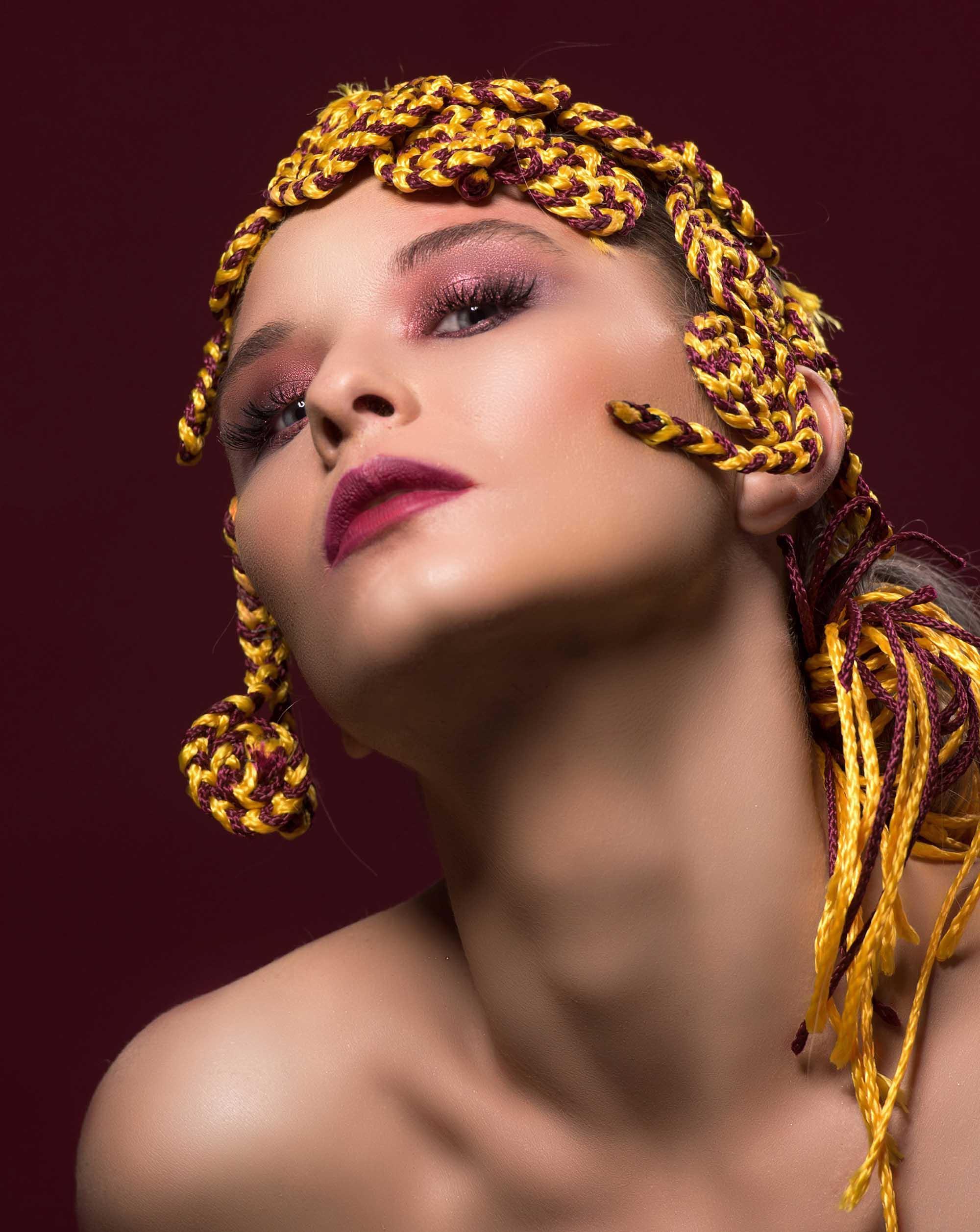 צילום: מני פל, סטיילינג וארט: ליז פלנסיה, עיצוב שיער: שרון פור, איפור: נתנאל טל, דוגמנית: סופה רוזן, עוזרת סטייליניג: אתי פלנסיה, - Fashion Israel - 2020 חדשות אופנה 2020, כתבות אופנה 2020, טרנדים 2020, מגזין אופנה ישראלי, אופנה - 8