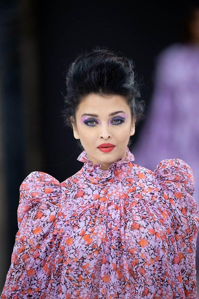 טרנד האיפור עוצמה סגולה לחורף 2020 לפי תצוגת אופנה לוריאל פריז צילום יחצ חול, Fashion Israel