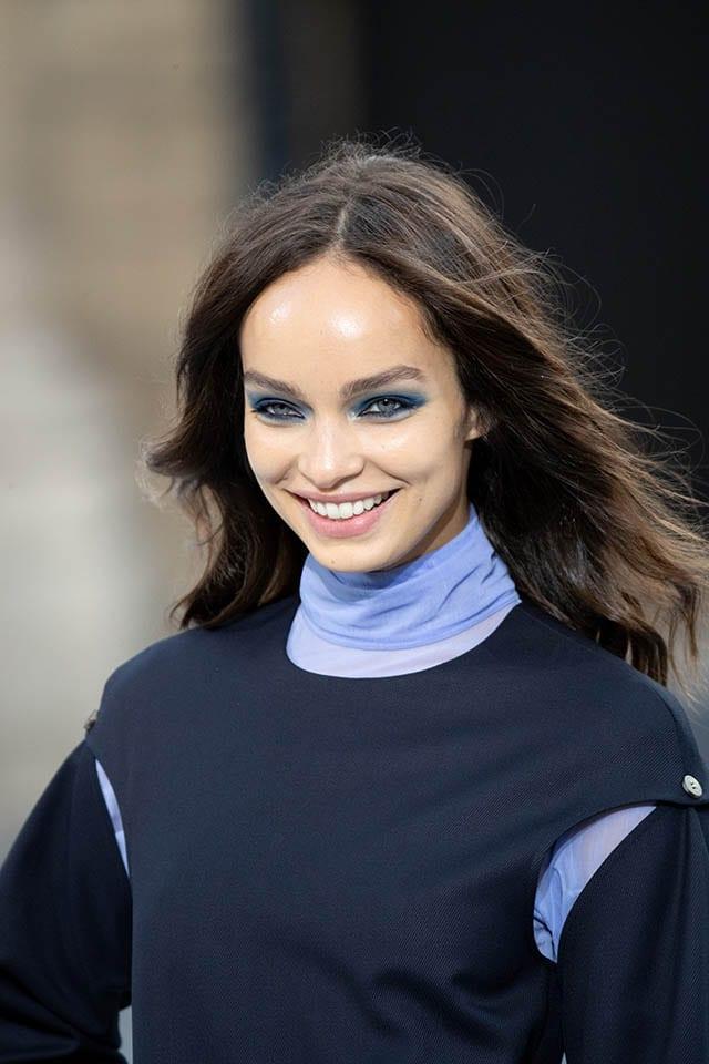 מראה האיפור עשן כחול לוריאל פריז צילום יחצ חול Fashion Israel