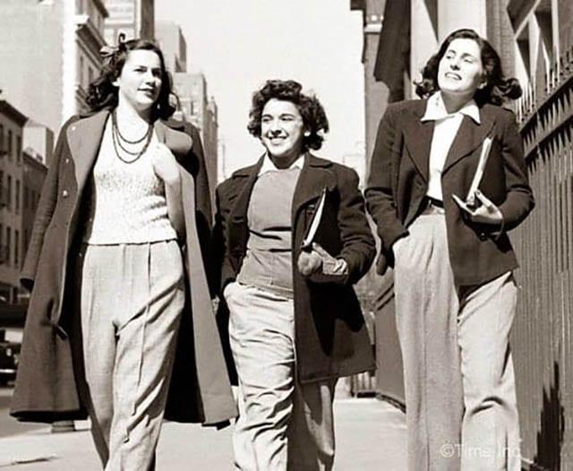 נשים בחליפות מכנס, Fashion Israel