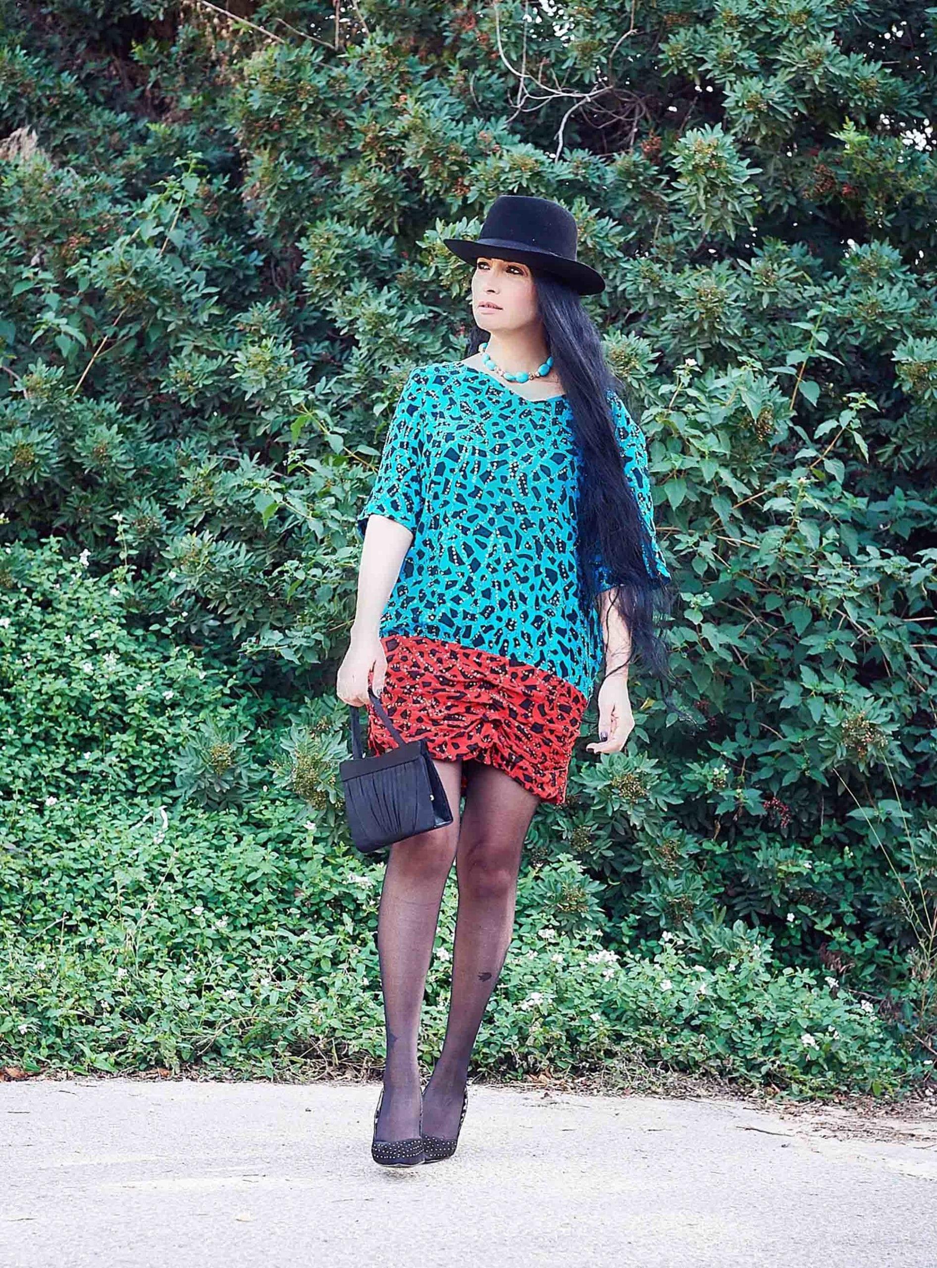 שמלה שנות ה- 80 לובשת וינטג מחיר 250 שח צילום kim kandler