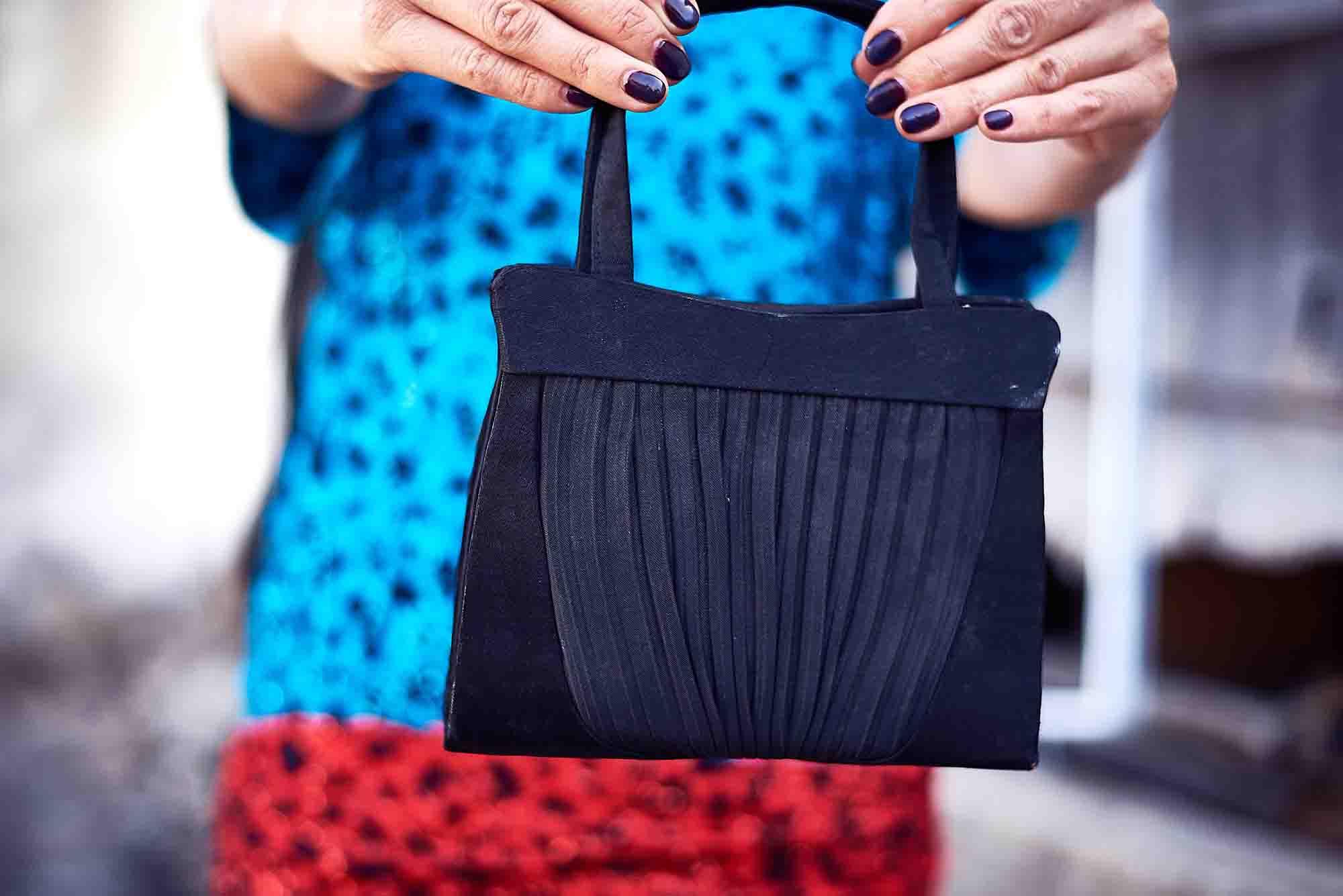 תיק לובשת וינטג מחיר 150 שח צילום kim kandler, מגזין אופנה