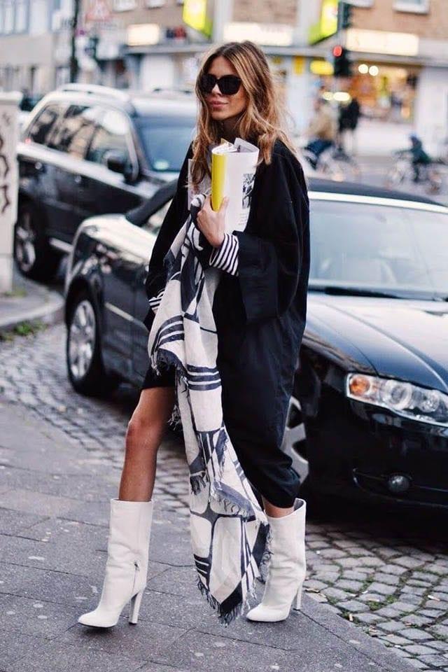 מגפיים נחש עור לבן, מגזין אופנה