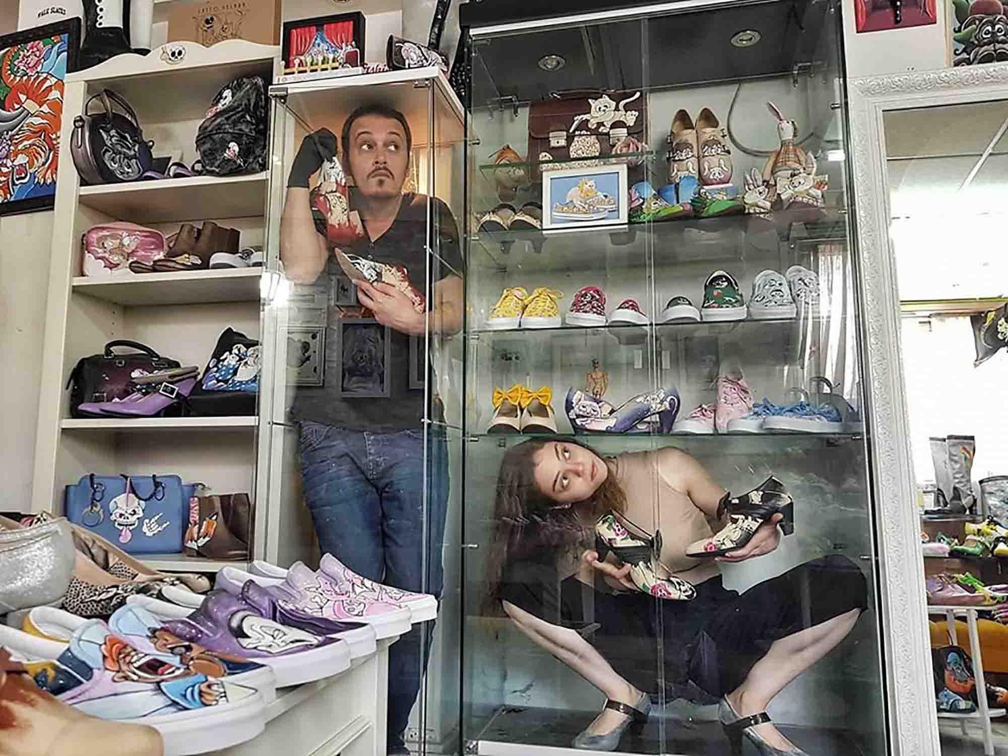 אורי זלוטניק והדס פוקסברונר. נעלי Latto Velara, כתבות אופנה