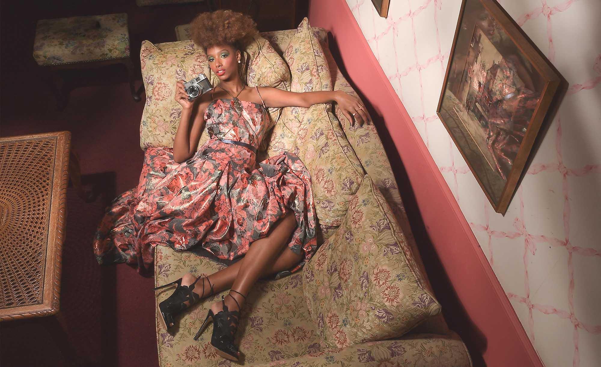 צילום: אילן סימן טוב סטיילינג: קסניה רויטבורג איפור: דידי פז עיצוב שיער: שרון פור דוגמנית: מזל מרשה ל-MC2 עיצוב אופנה: יובל רביד - כיכר המדינה, הפקות אופנה -99