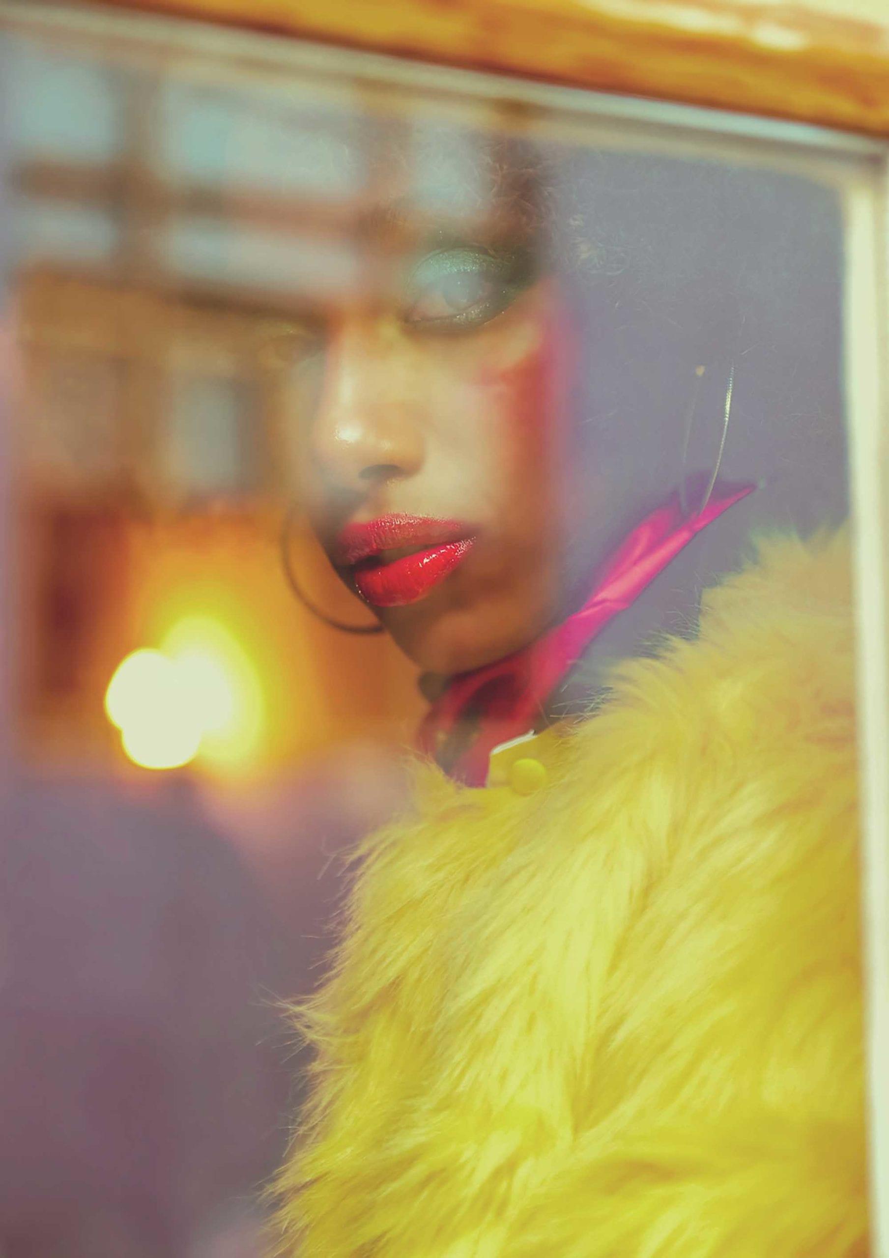 צילום: אילן סימן טוב סטיילינג: קסניה רויטבורג איפור: דידי פז עיצוב שיער: שרון פור דוגמנית: מזל מרשה ל-MC2 עיצוב אופנה: יובל רביד - כיכר המדינה, הפקות אופנה - 8365