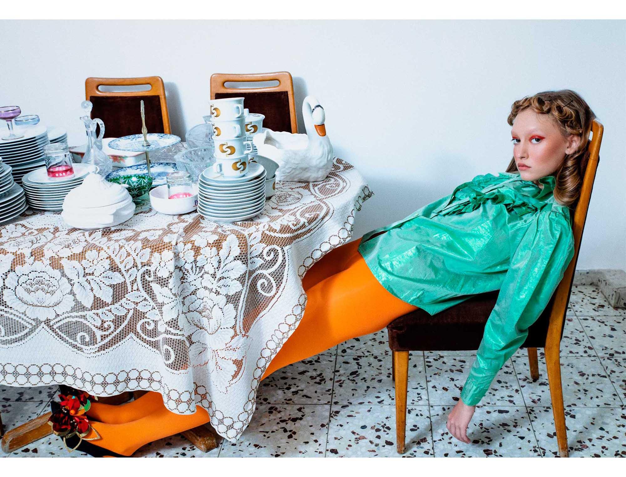 הפקות אופנה - צלמת: עדי לידור, סטיילינג: רון שפונט, שיער: איה שוסטרמן, איפור: מירב אשר, דוגמניות: מאיה שורשקי, קורל יסמין