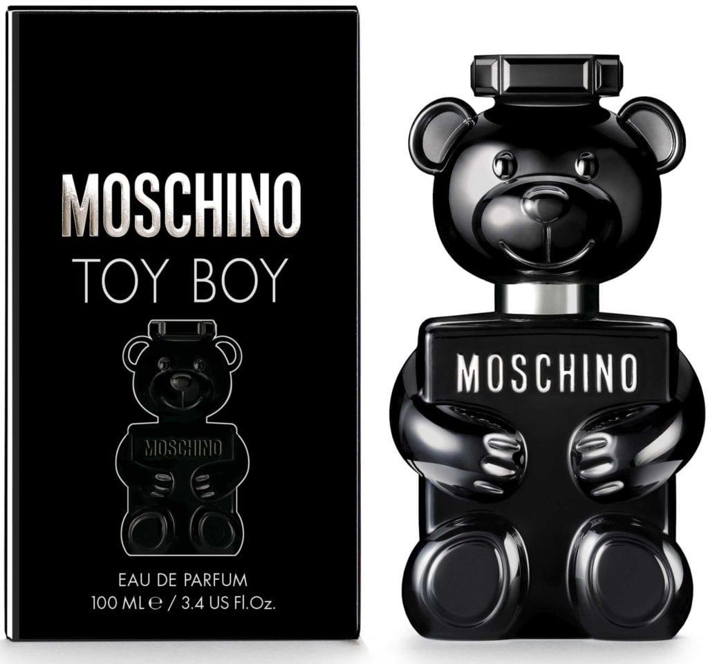 בושם TOY BOY של מוסקינו, מגזין אופנה