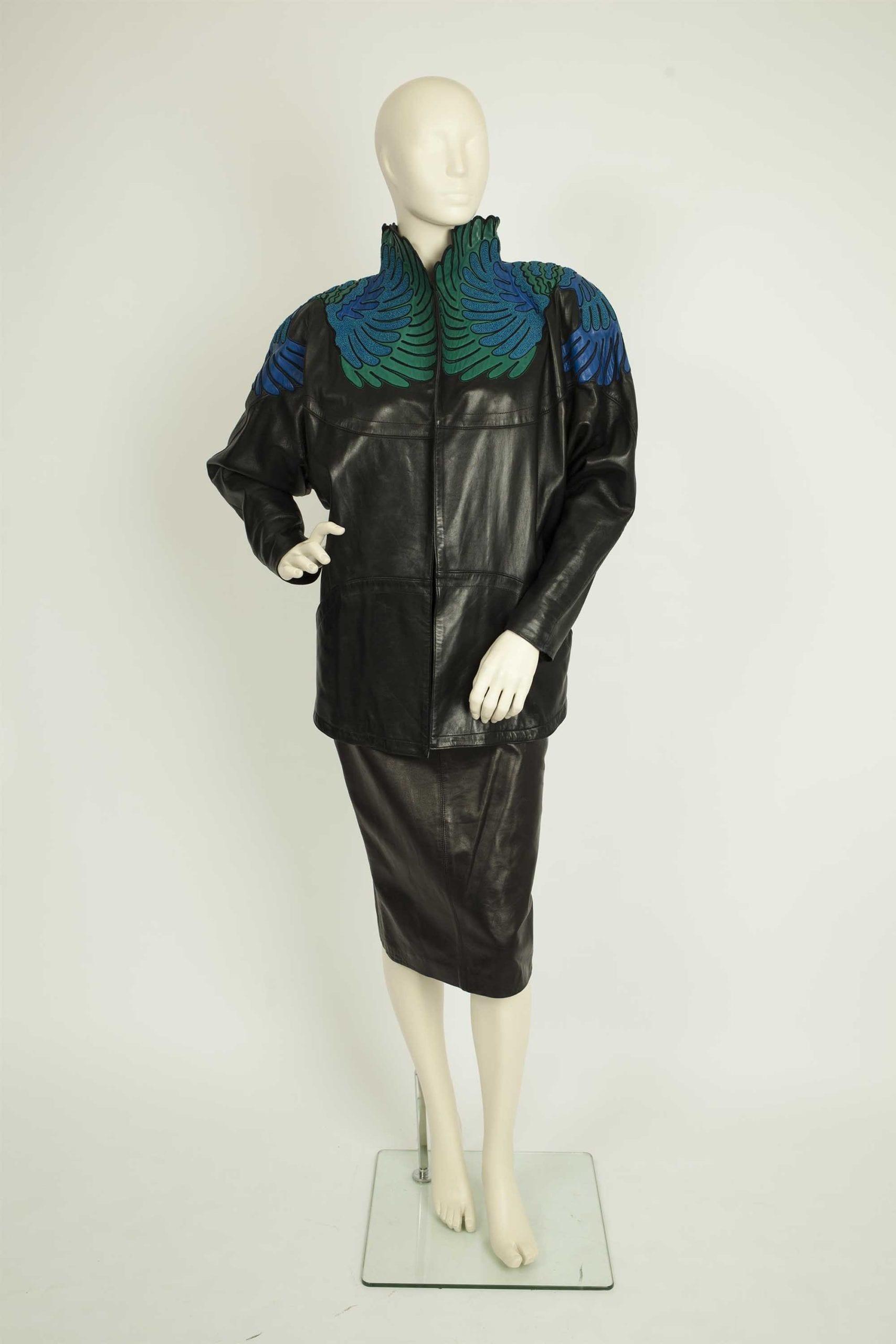 אופנה, חליפת עור ז'אן-קלוד ז'יטרואה לאוסף שנקר צילום לי ברבו