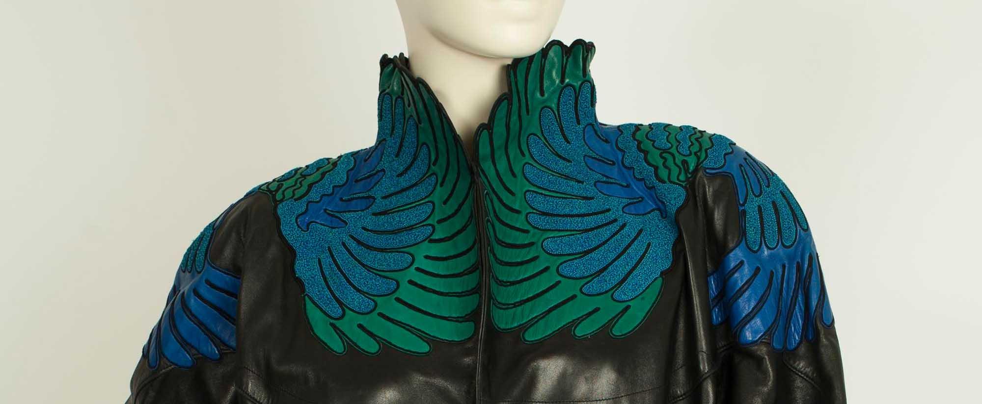 אופנה, חליפת עור ז'אן-קלוד ז'יטרואה לאוסף שנקר. צילום לי ברבו