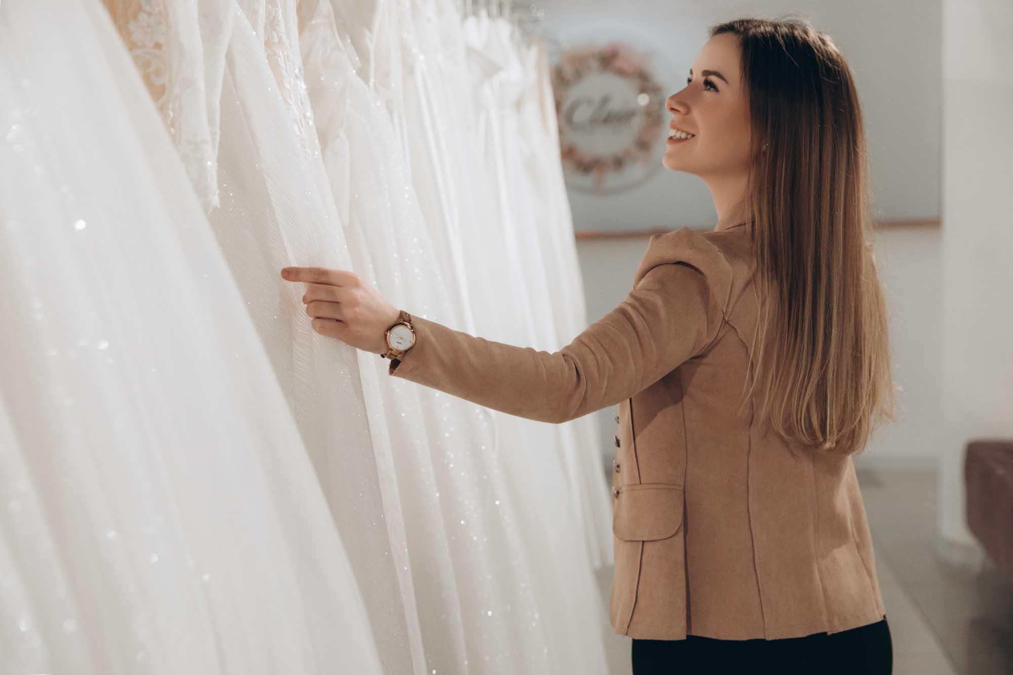 מריה מנור שמלות כלה, קלייר שמלות כלה, מגזין אופנה - 5