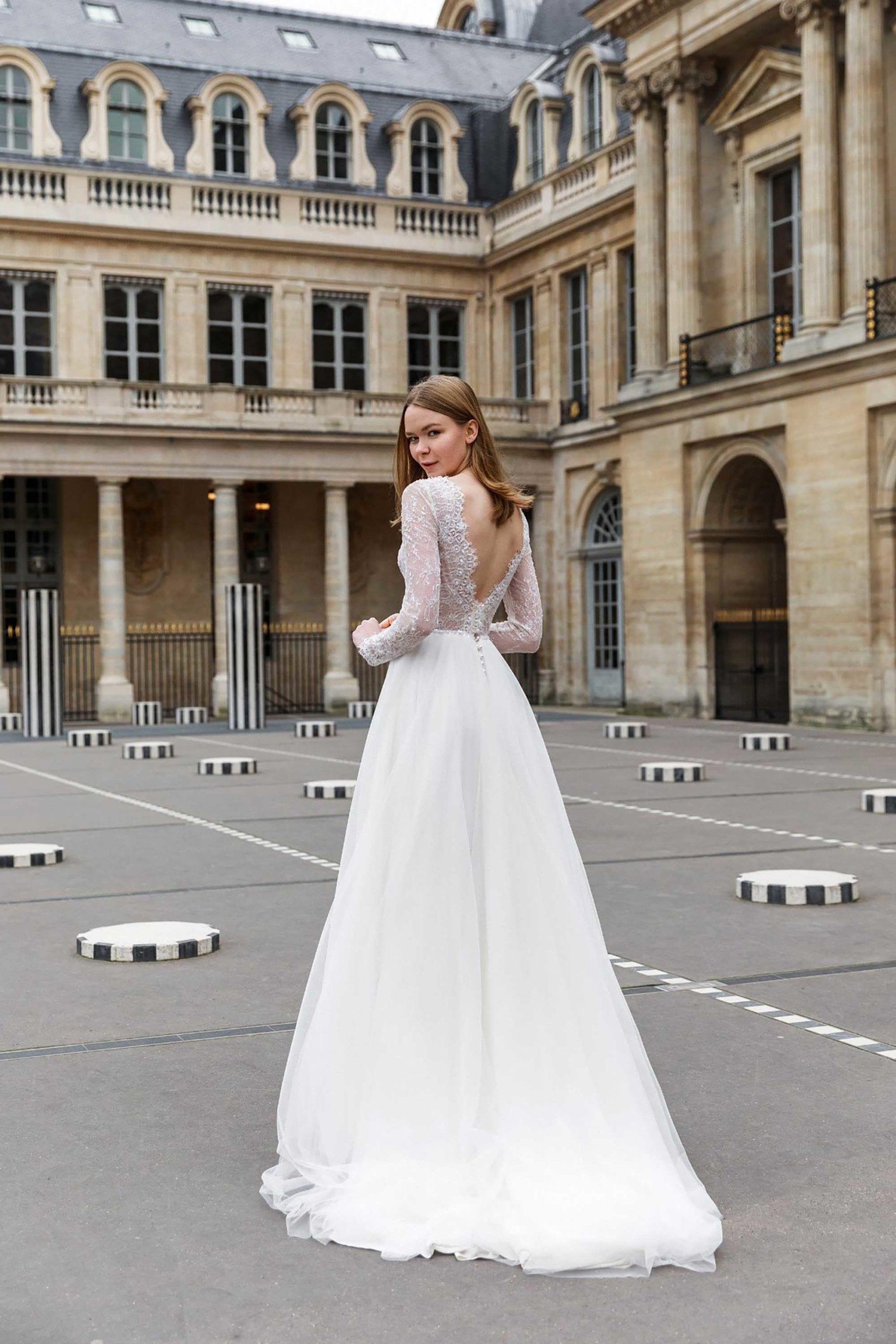 מריה מנור שמלות כלה, קלייר שמלות כלה, מגזין אופנה - 4