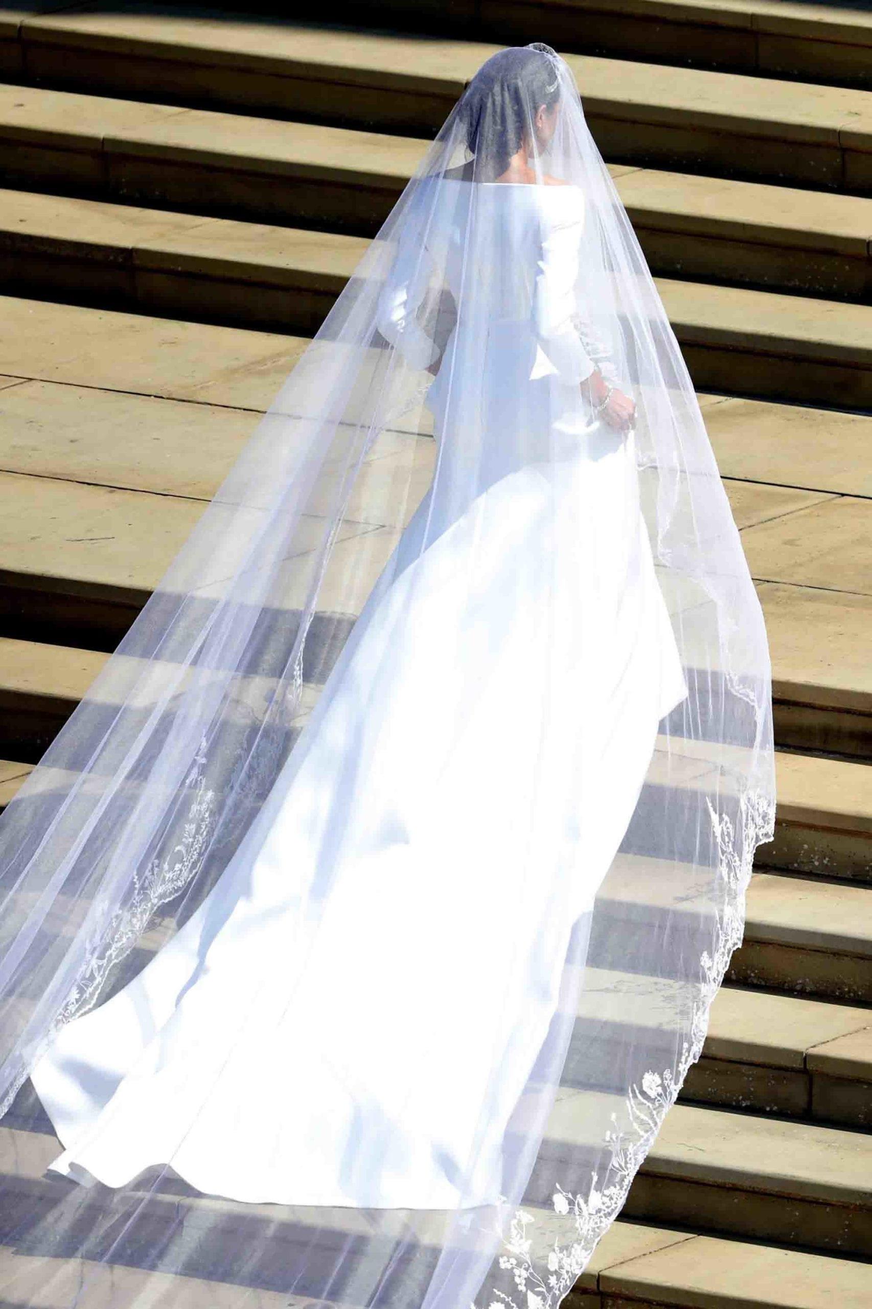 מייגן מרקל בשמלת כלה, מגזין אופנה