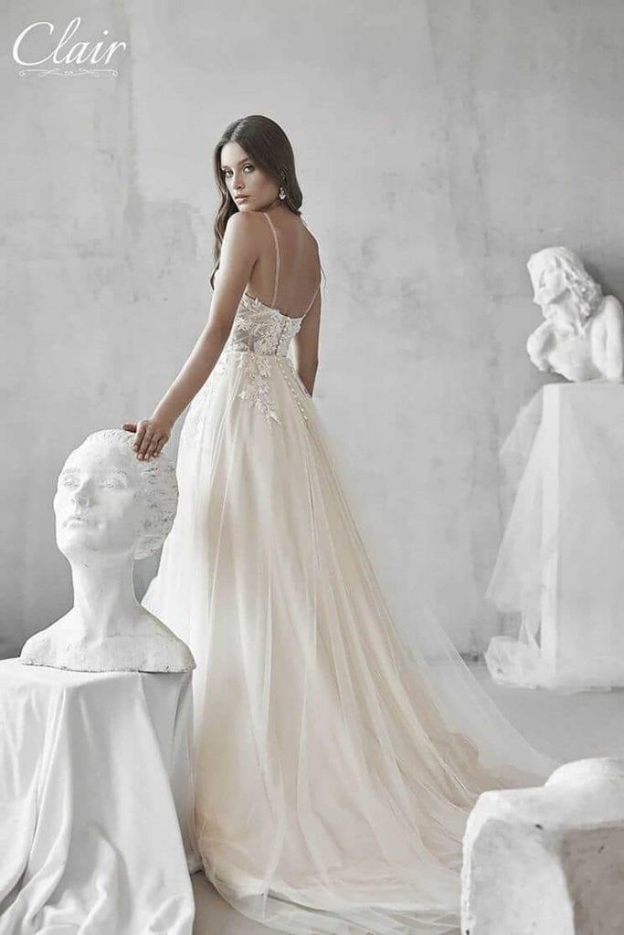 מריה מנור שמלות כלה, קלייר שמלות כלה, מגזין אופנה - 2410