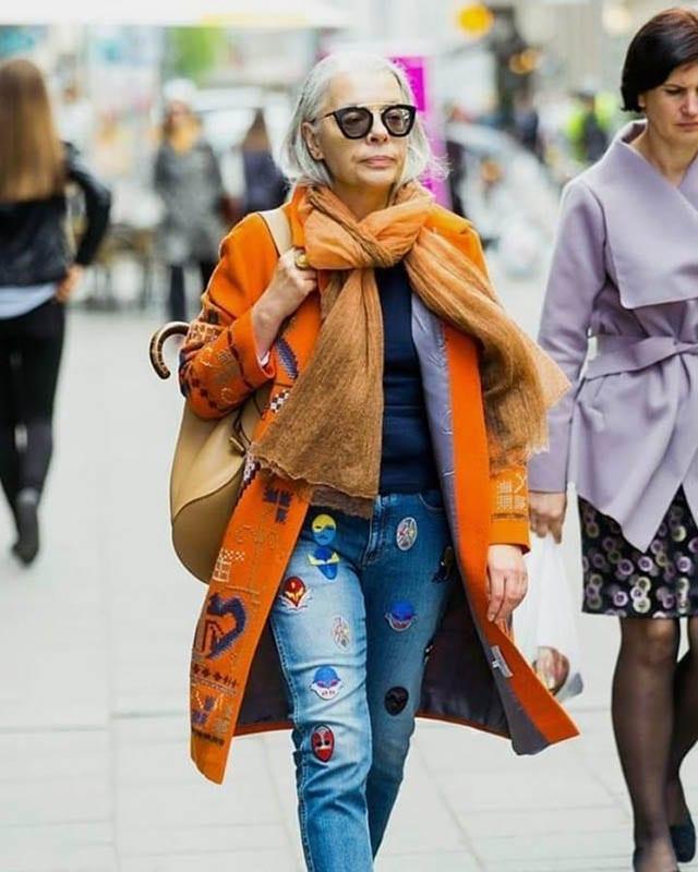 "Fin Wheeler on Instagram_ ""Gorgeous in orange! #streetstyle #coats #jackets #streetfashion #fashioninspo"", מגזין אופנה"