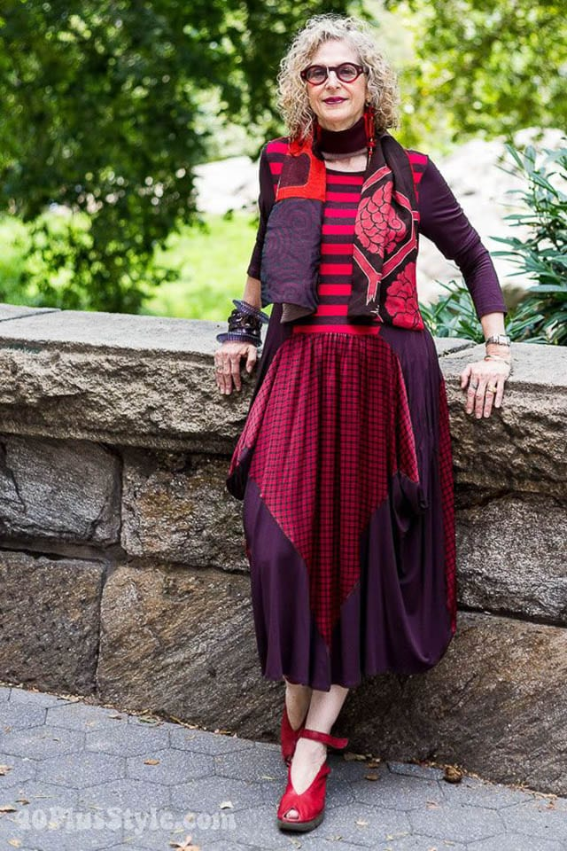 How to make your style more dramatic and arty - A style interview with Dayle _ 40plusstyle_com, מגזין אופנה
