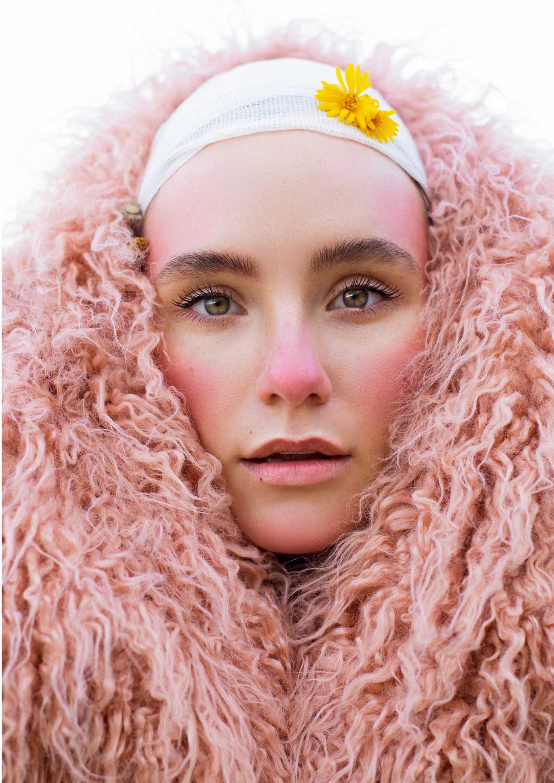 Editorial: Model and Makeup: Ann Smirnova, Photographer and Retoucher: Maria Soloviev, Fashion: H&M. מגזין אופנה ישראלי - Fashion Israel -