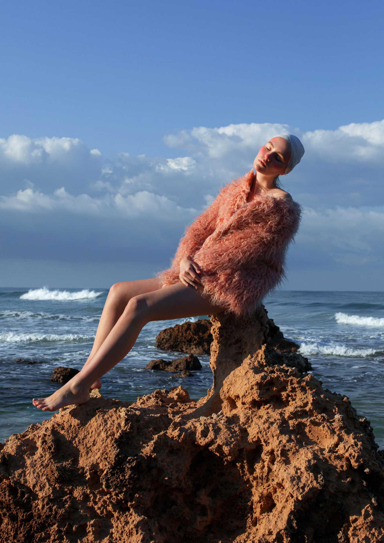 Editorial: Model and Makeup: Ann Smirnova, Photographer and Retoucher: Maria Soloviev, Fashion: H&M. מגזין אופנה ישראלי - Fashion Israel2
