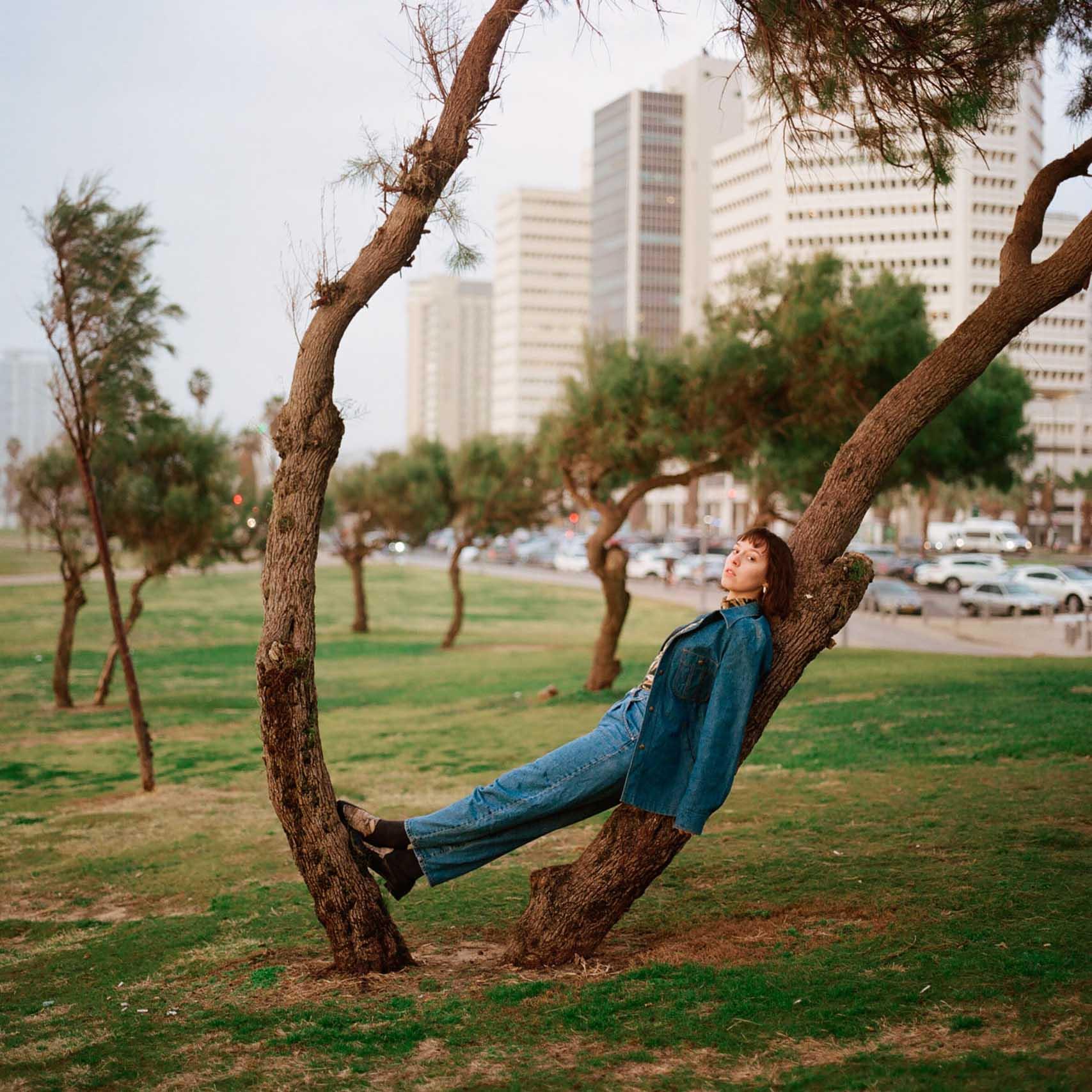 הפקות אופנה, צילום: עוז ברק, דוגמנית: Christina Hlybova, אופנה: ונטה -מגזין אופנה ישראלי - 3