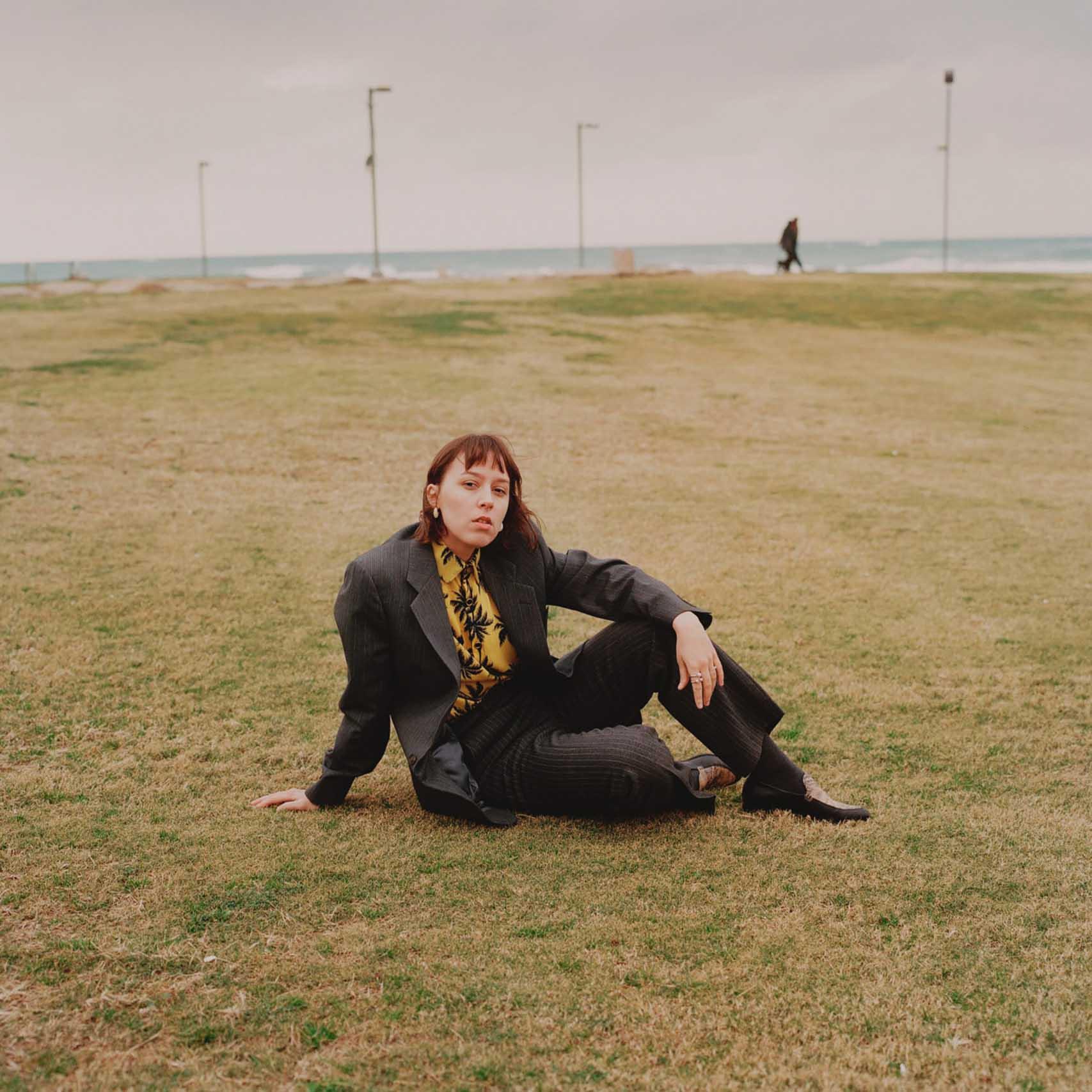 הפקות אופנה, צילום: עוז ברק, דוגמנית: Christina Hlybova, אופנה: ונטה -מגזין אופנה ישראלי - 7