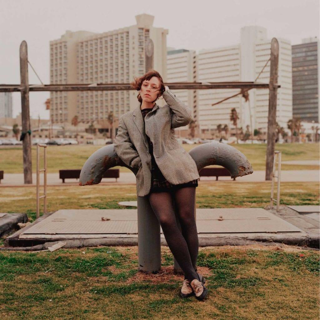הפקות אופנה, צילום: עוז ברק, דוגמנית: Christina Hlybova, אופנה: ונטה -מגזין אופנה ישראלי - 10