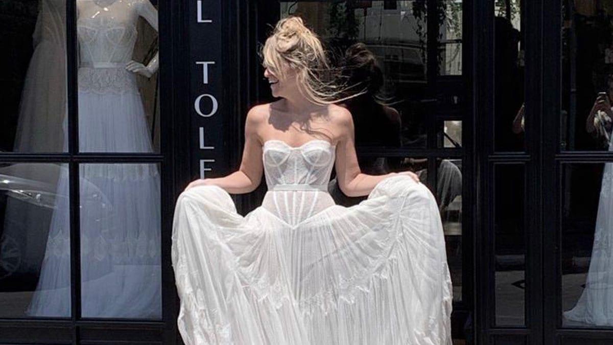 מור לרמן בשמלת כלה - אהבה ממבט ראשון