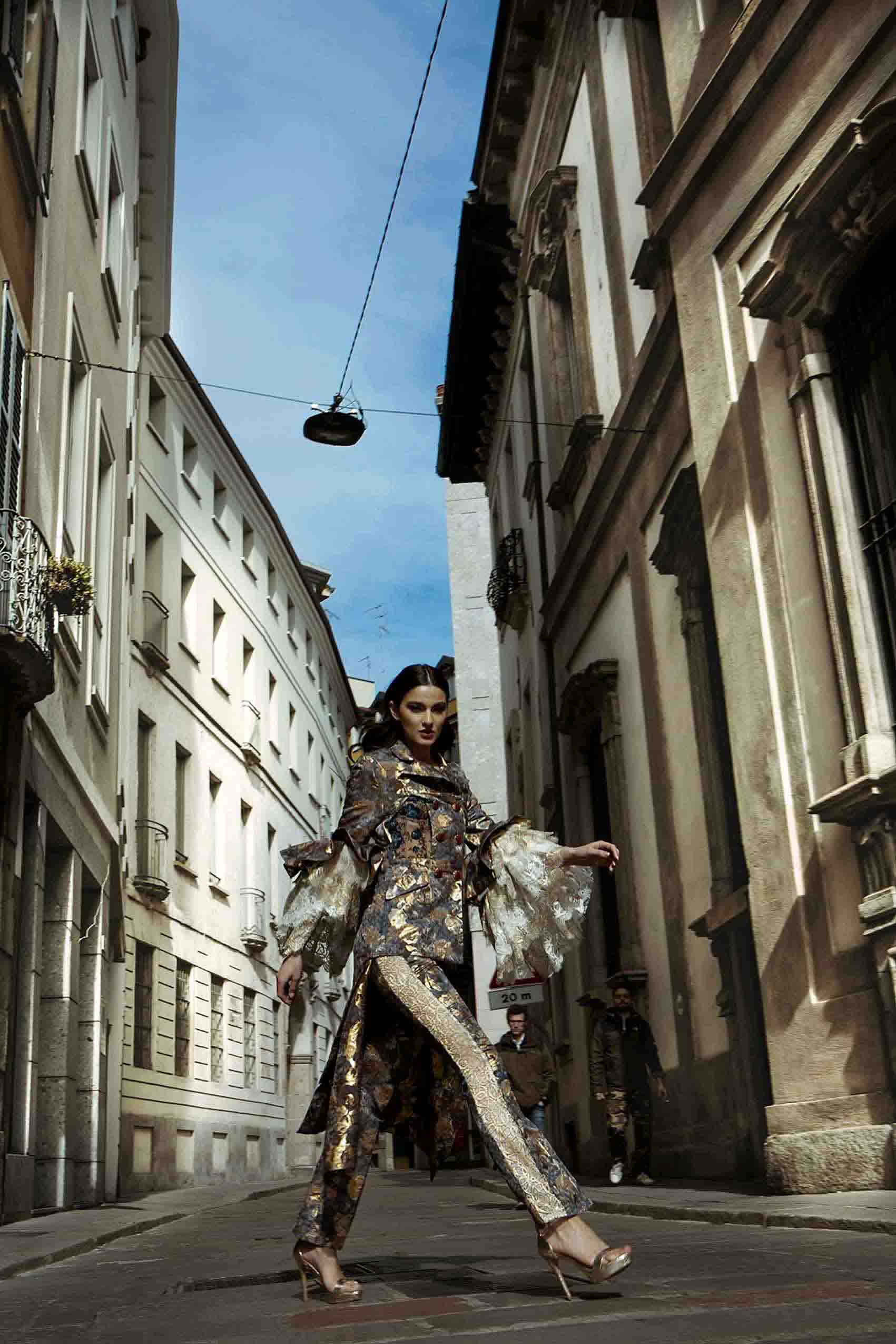 אליזבת בראון_מגזין אופנה_19