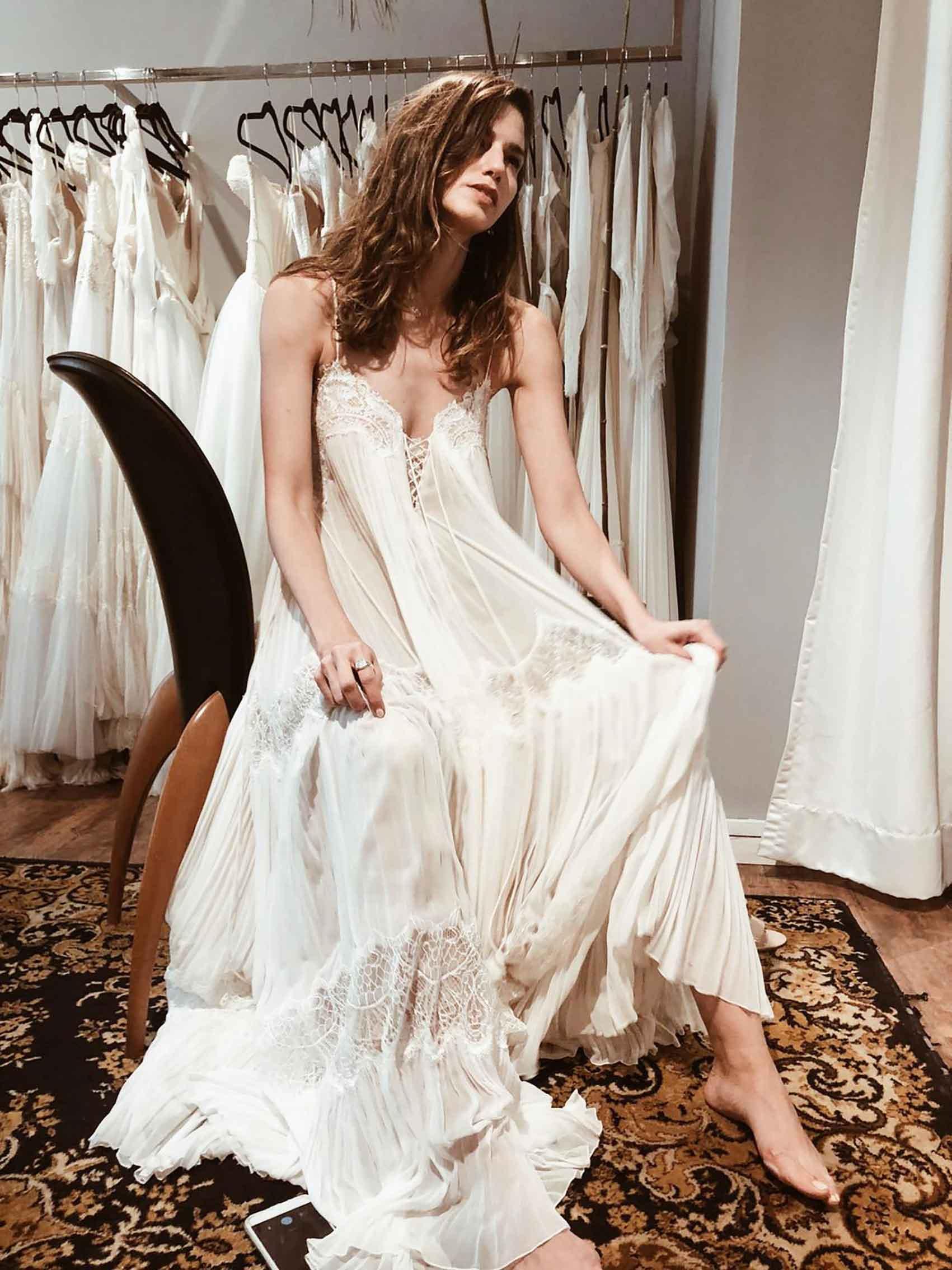 הדר-ברייר-חתונה-ממבט-ראשון-בשמלה-של-אריאל-טולדנו-מגזין-אופנה