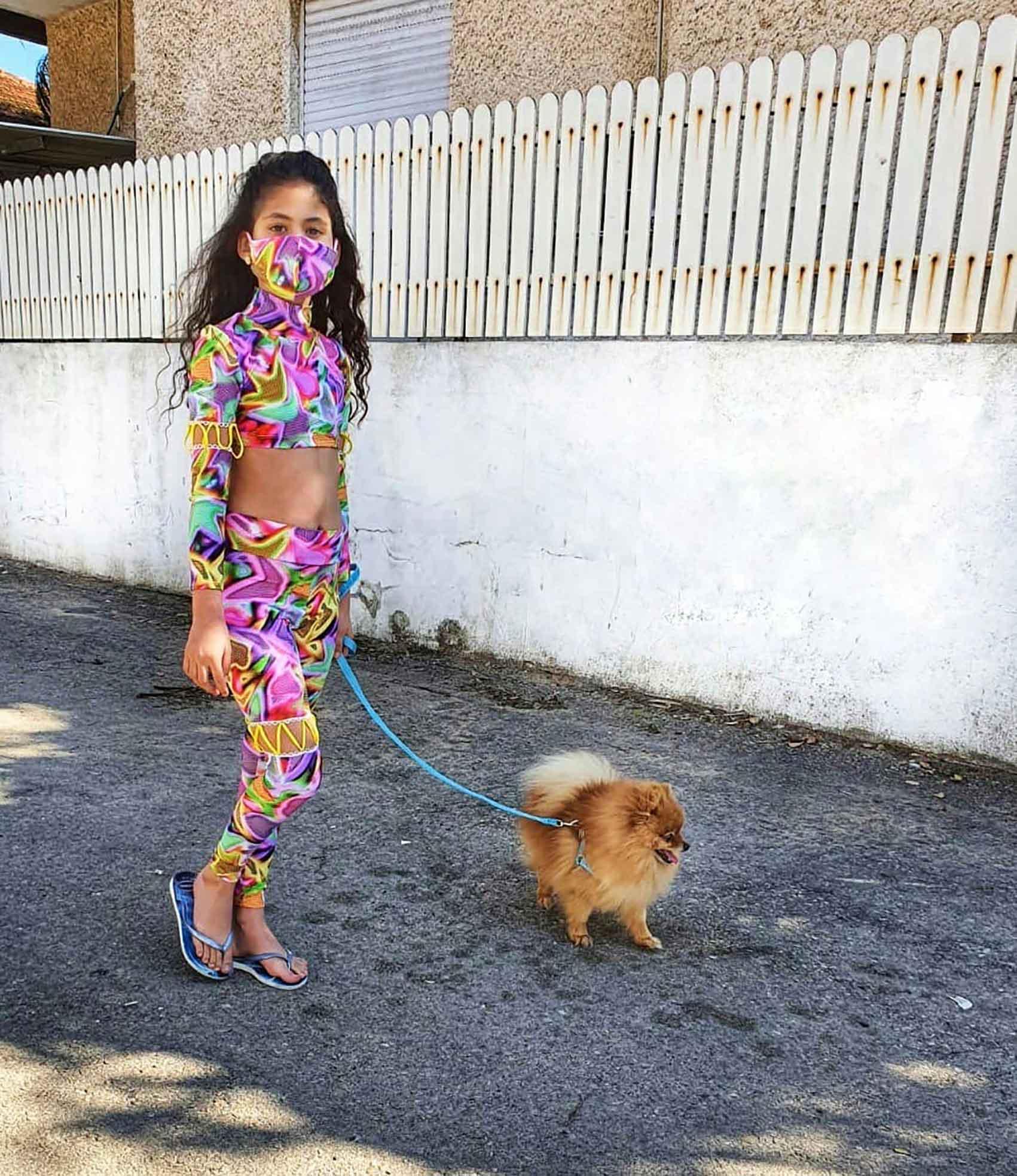 חיה נחשונוב_מסכה_קורונה_מגזין אופנה_82