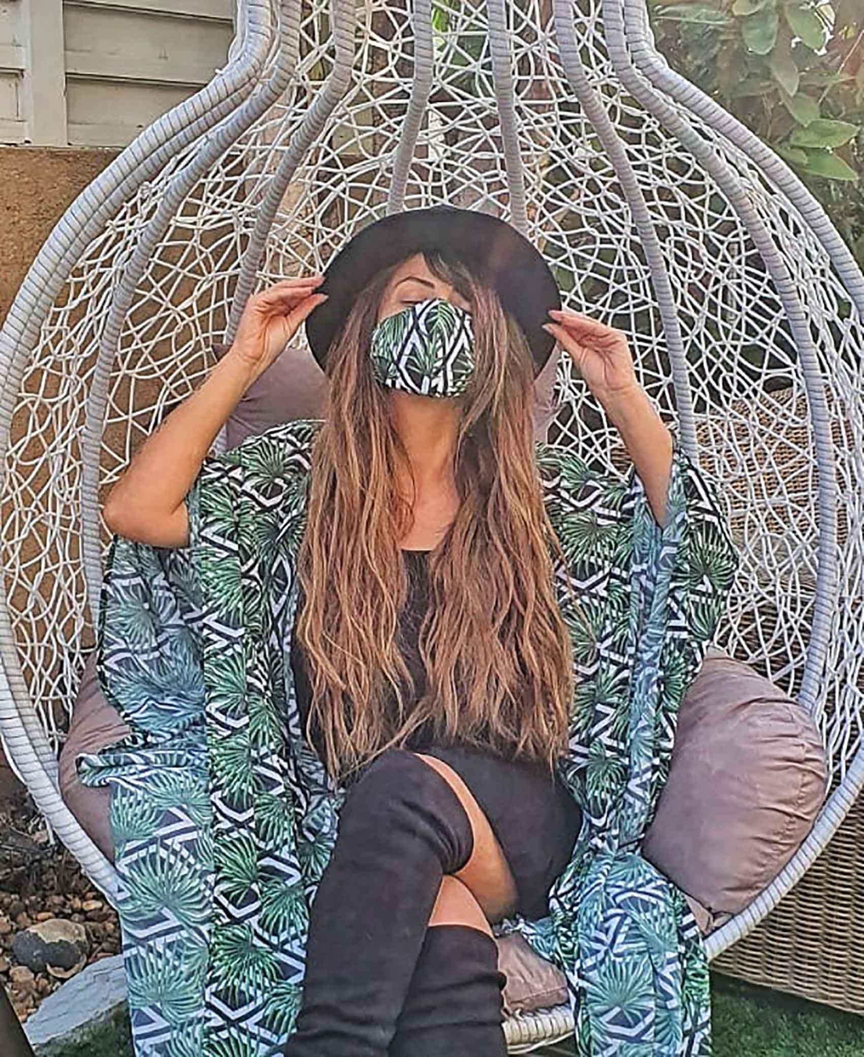 חיה נחשונוב_מסכה_קורונה_מגזין אופנה_8