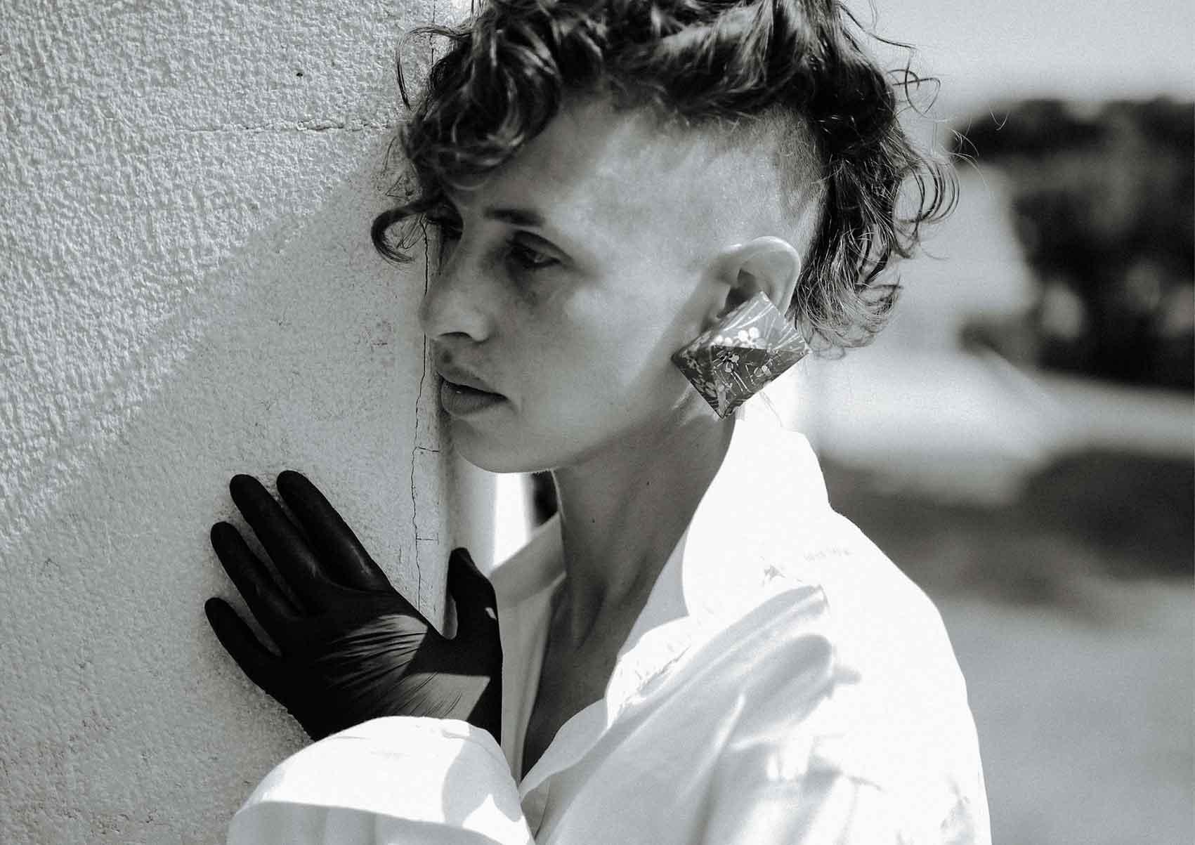 צילום-עיצוב-תכשיטים-הדר אלפסי-דוגמנית-רינה נקונצ'ני-Fashion Israel-מגזין-אופנה-ישראלי-הפקות-אופנה-13