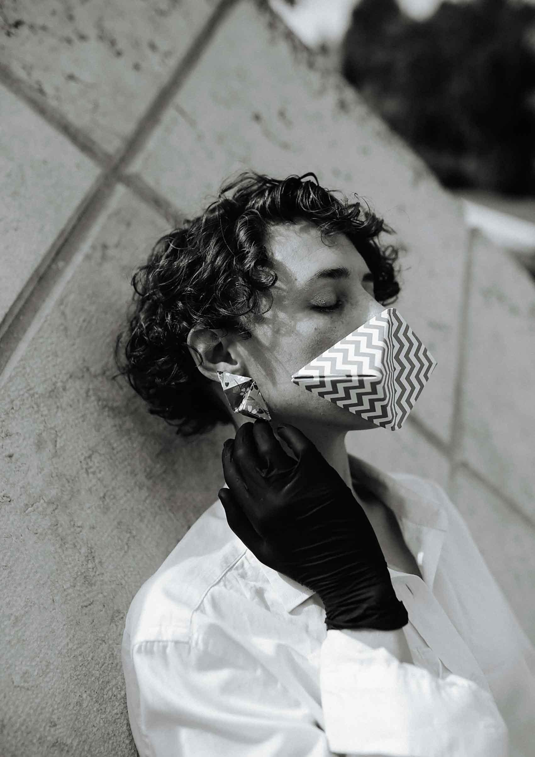 צילום-עיצוב-תכשיטים-הדר אלפסי-דוגמנית-רינה נקונצ'ני-Fashion Israel-מגזין-אופנה-ישראלי-הפקות-אופנה-5