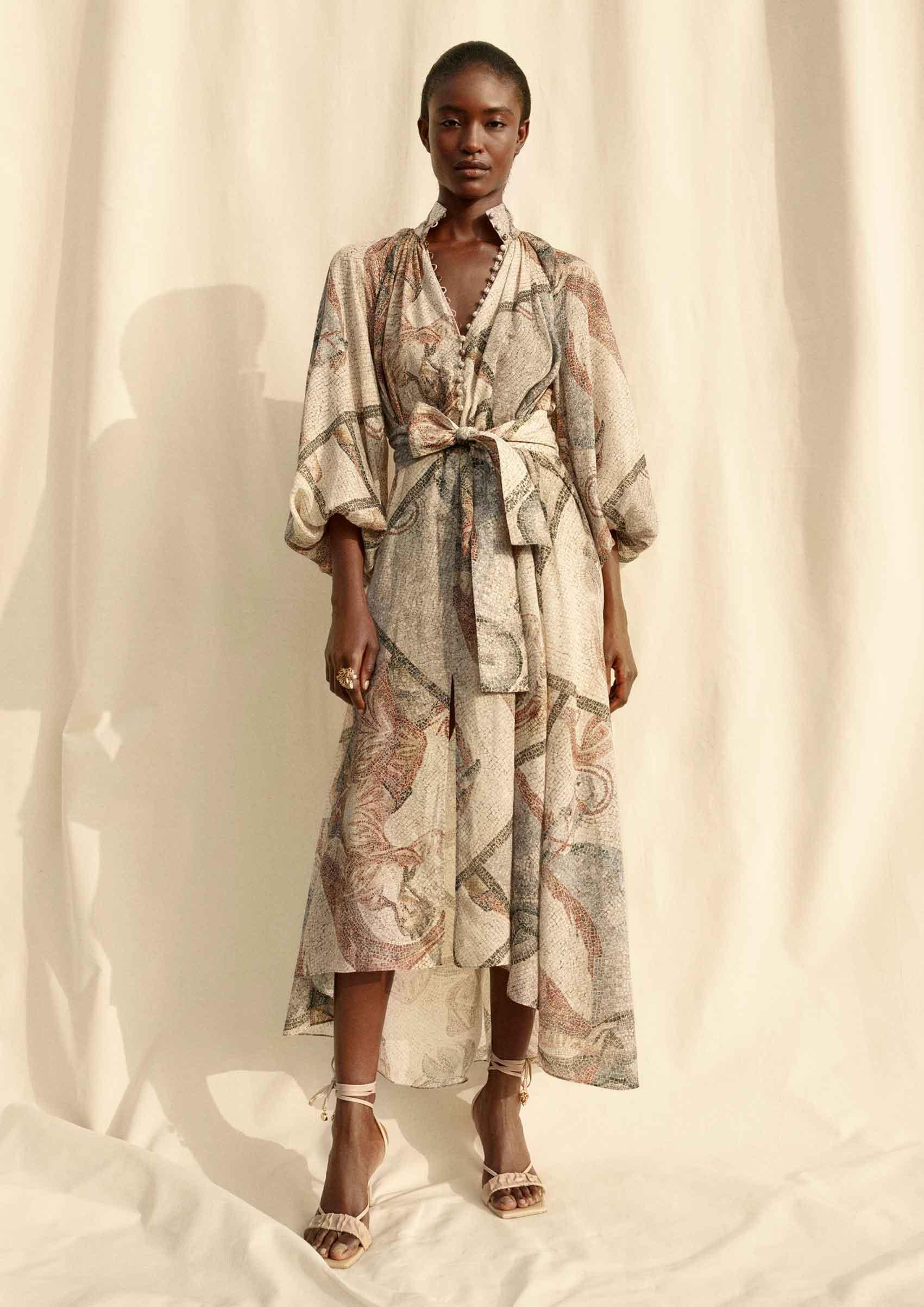 H&M. Conscious Exclusive. פריטי אופנה עשויים מתוצרי לוואי של תעשיית היין וחומרים נוספים בקולקציית אביב קיץ 2020-צילום: הנס מוריץ