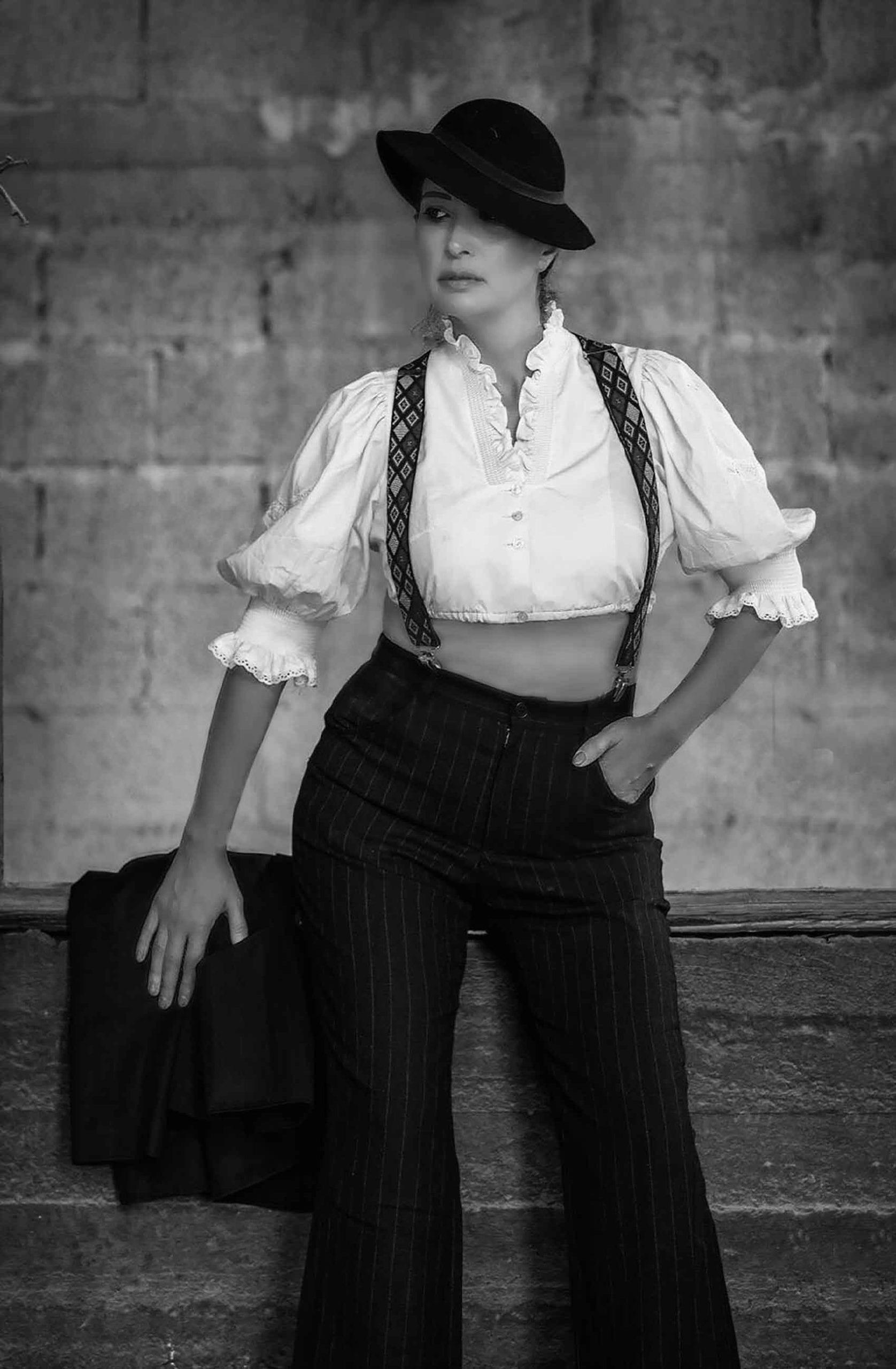 אופנה-מגזין-אופנה-לובשת-וינטג-מאיה-אושרי-צילום-מיקי-בן-עטר -84