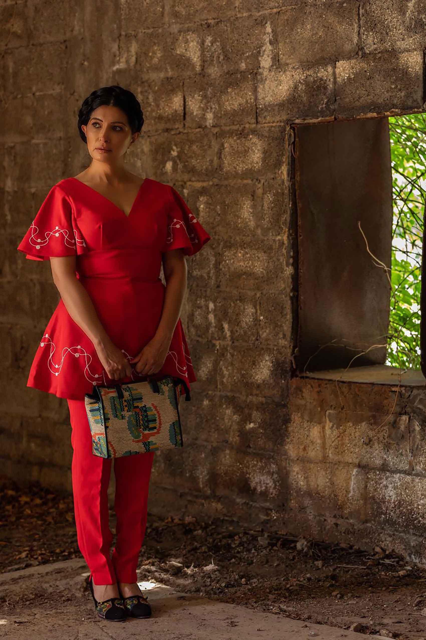 אופנה-מגזין-אופנה-לובשת-וינטג-מאיה-אושרי-צילום-מיקי-בן-עטר -86