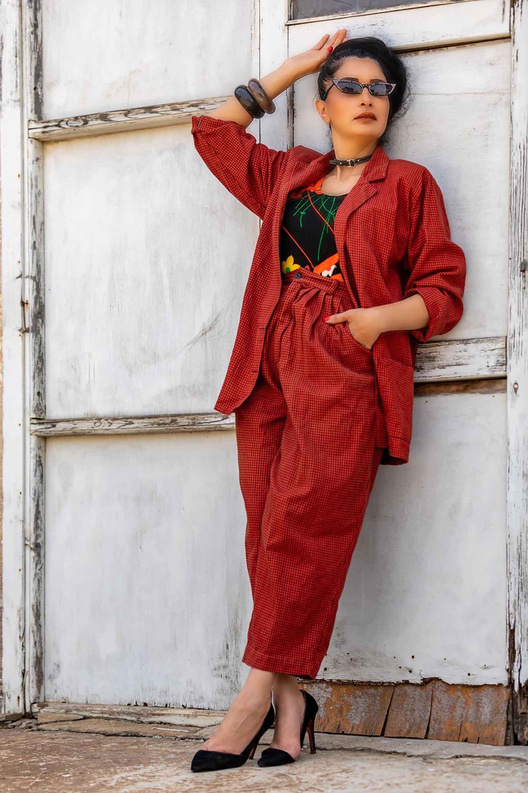 אופנה-מגזין-אופנה-לובשת-וינטג-מאיה-אושרי-צילום-מיקי-בן-עטר -825
