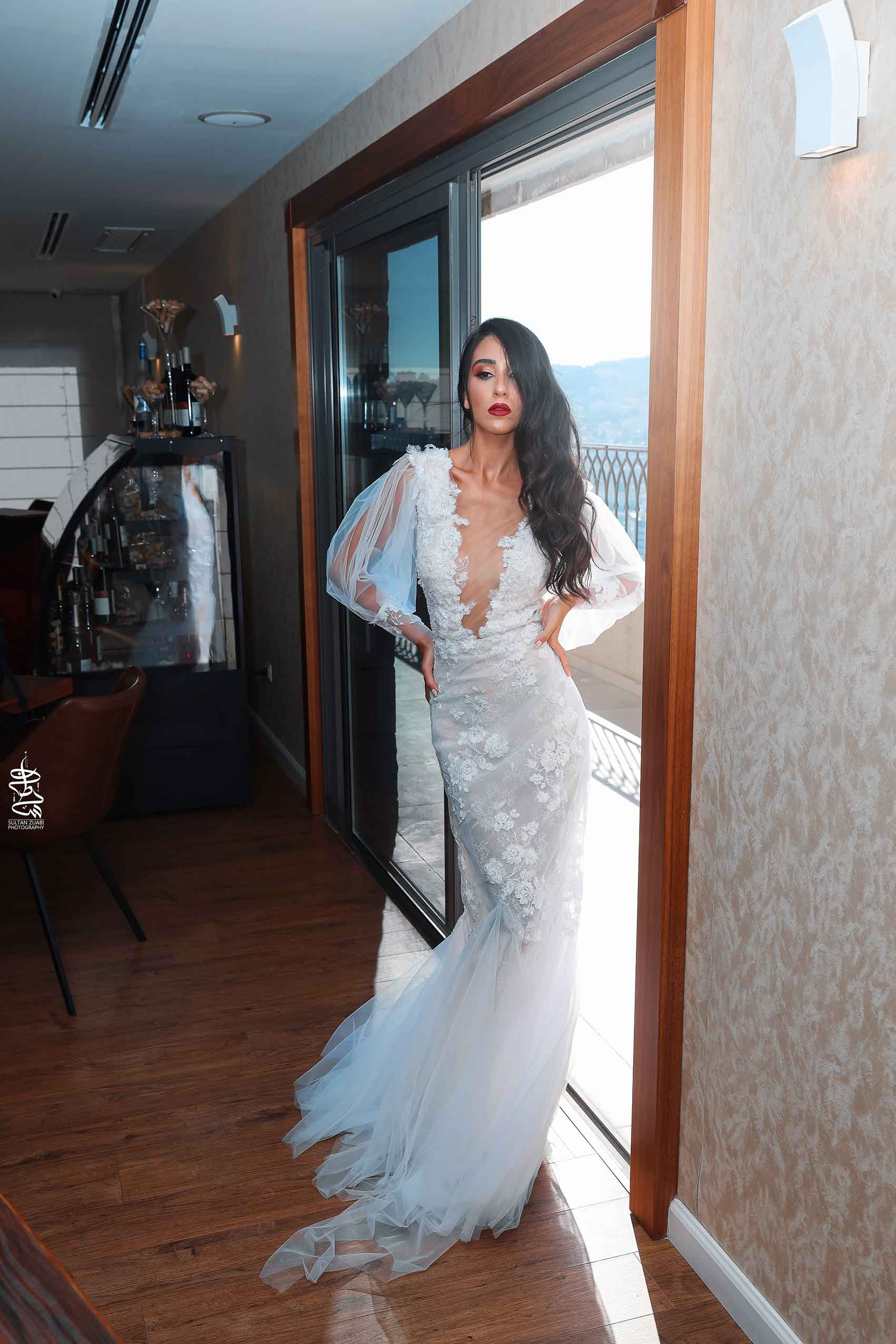 חנאן-אחמד-קולקציית-שמלות-כלה-קיץ-2020-מגזין-אופנה-164