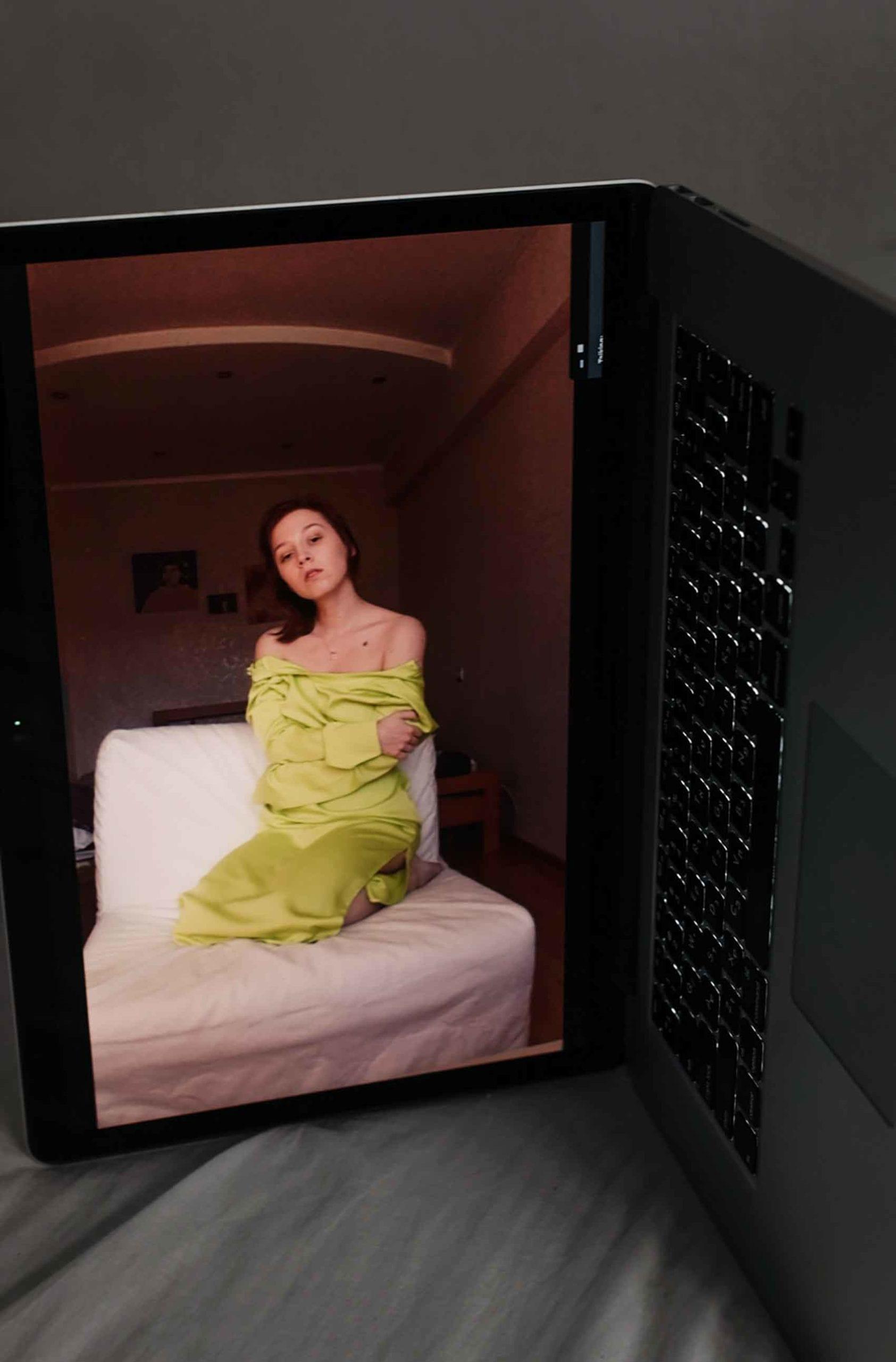 הפקת אופנה: צילום: עוז ברק, דוגמנית: כריסטינה חליבובה