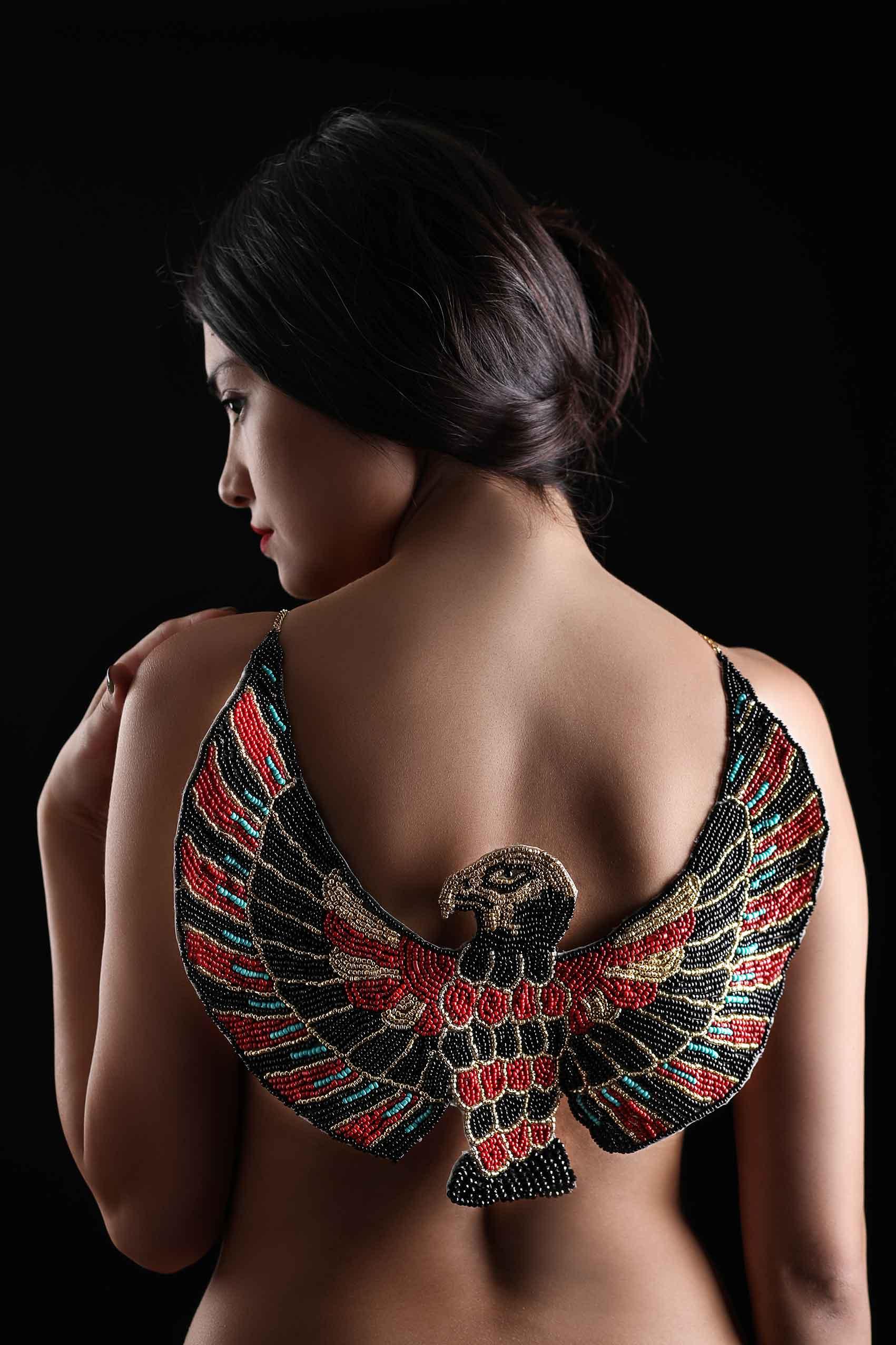 אופנה-אחוה-רחמינוב-תכשיטים-מגזין-אופנה