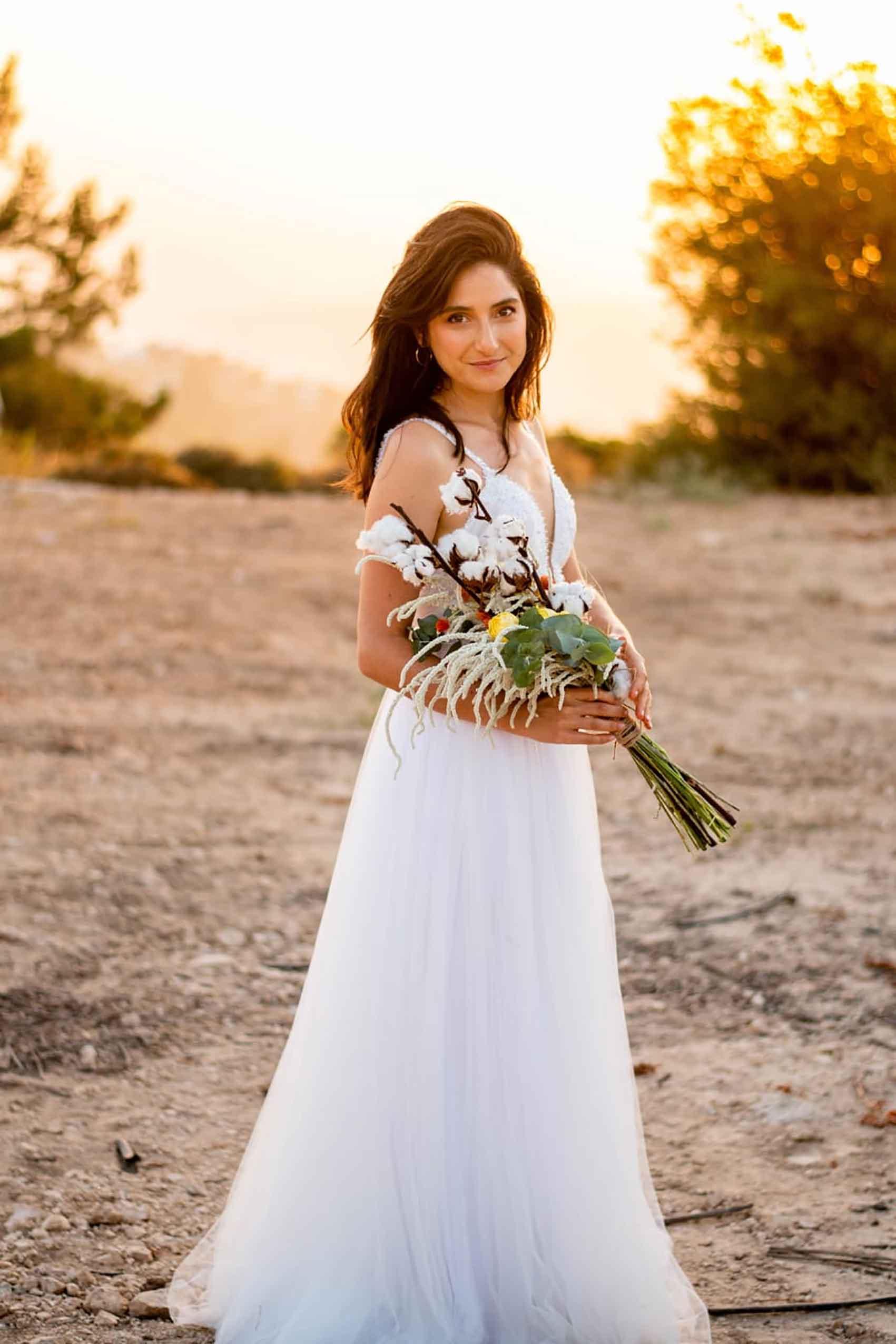 אהבת-הדס-שמלות-כלה-ב-700-שקל-אופנה