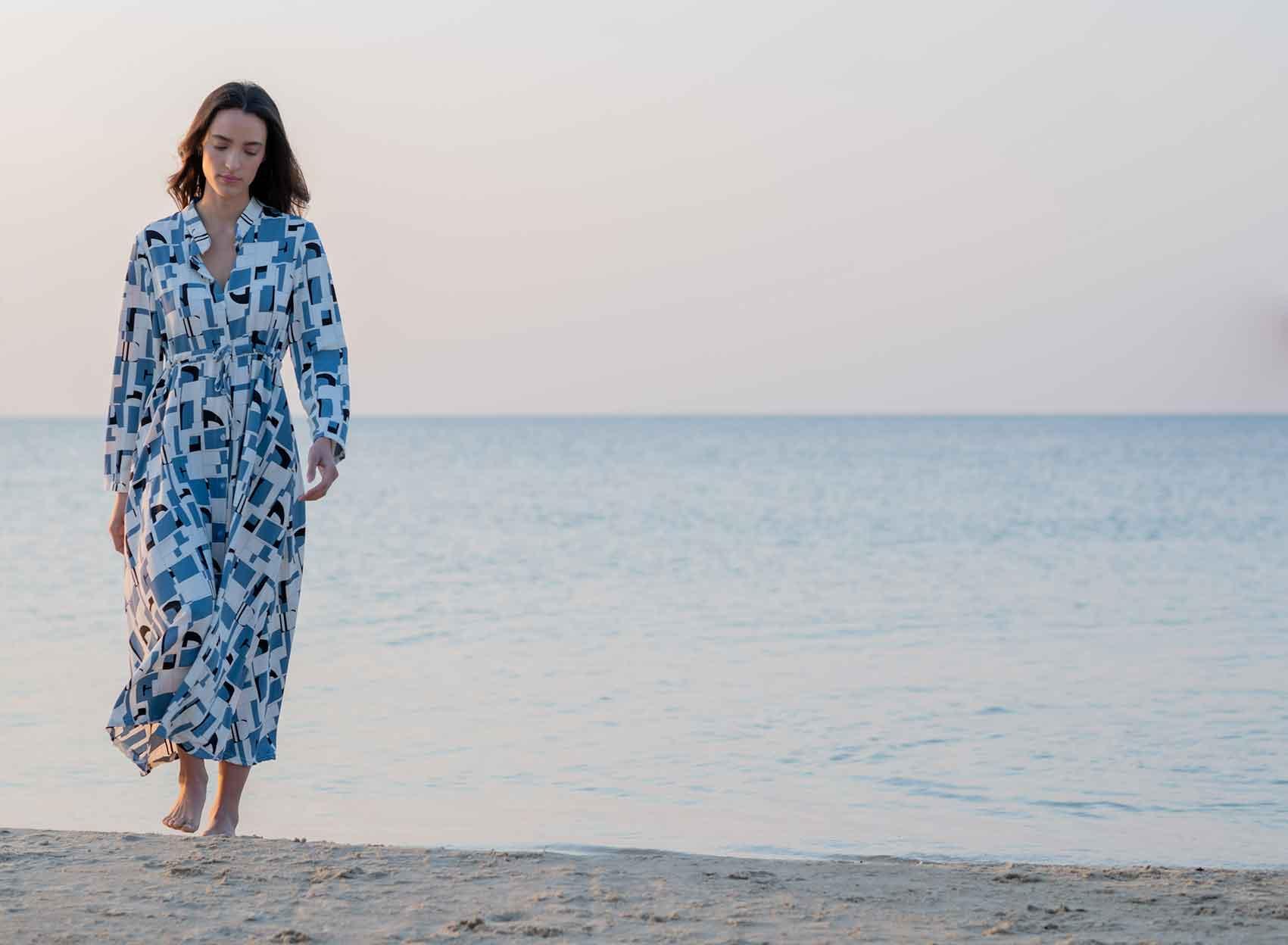 שמלת-פרחים-מקסי-של-המותג-קאלה-207-שקל-צילום-ליז-כדר-