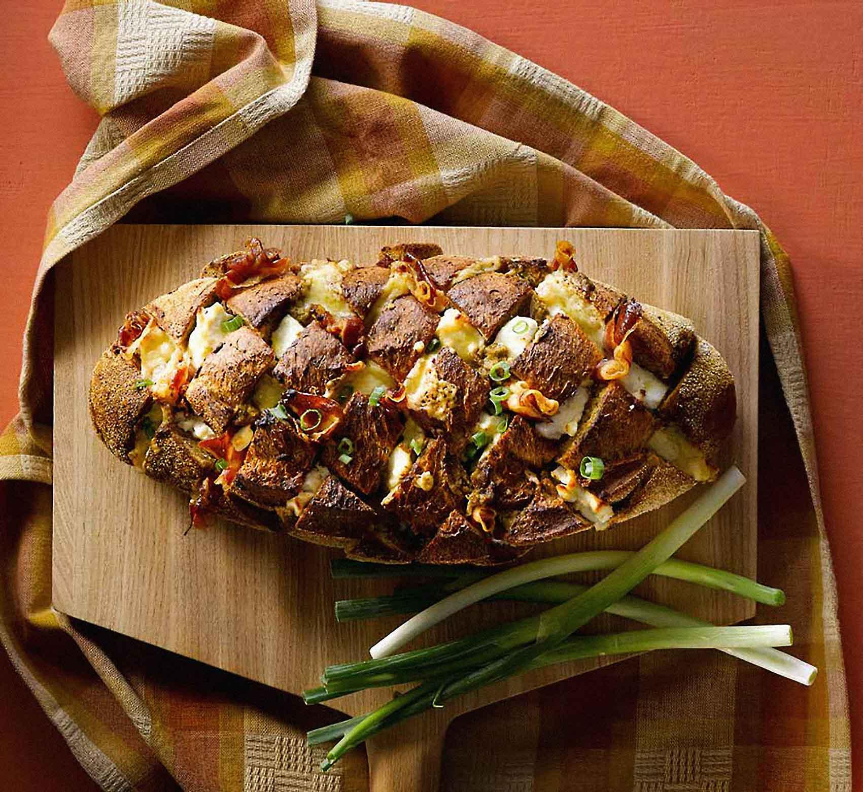 לחם ממולא פרושוטו ופסטו