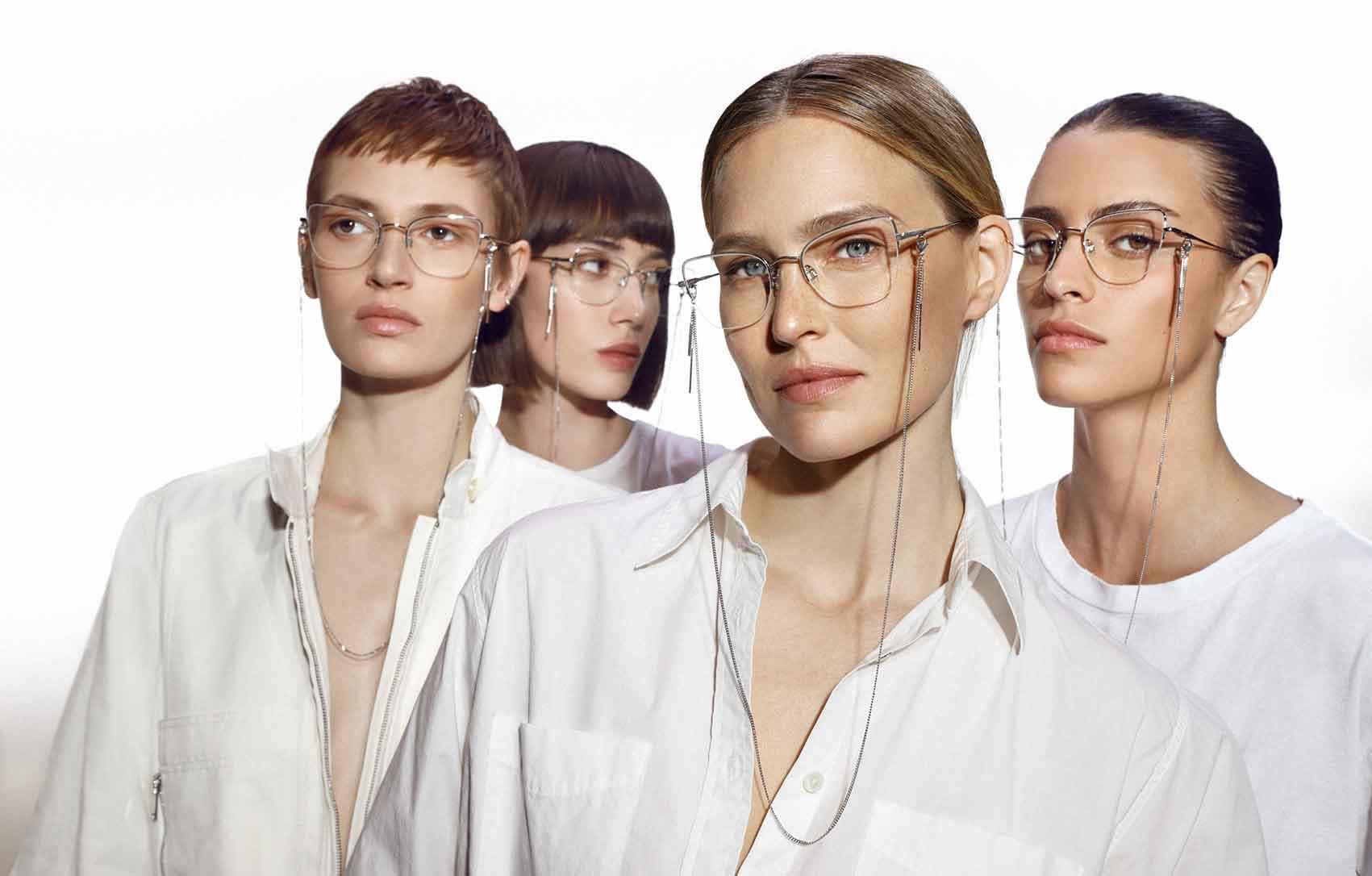 קרולינה למקה משקפי עגילים. צילום: קרולינה למקה יח״צ