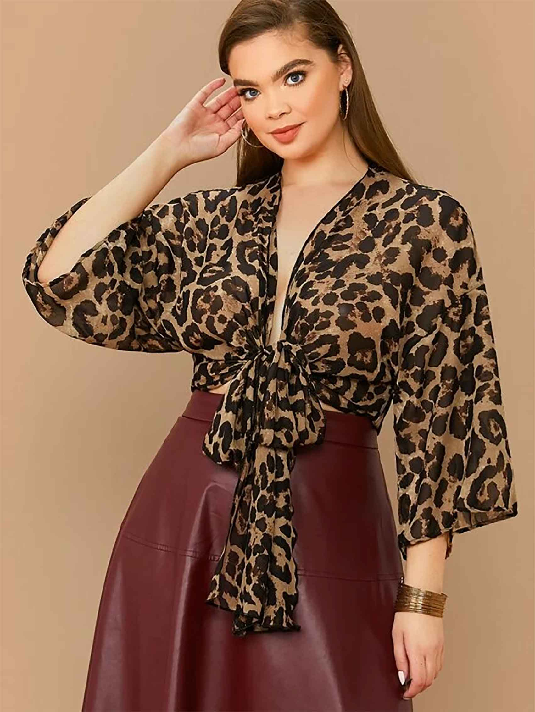 Plus-Tie-Front-Leopard-Print-Top-אופנה