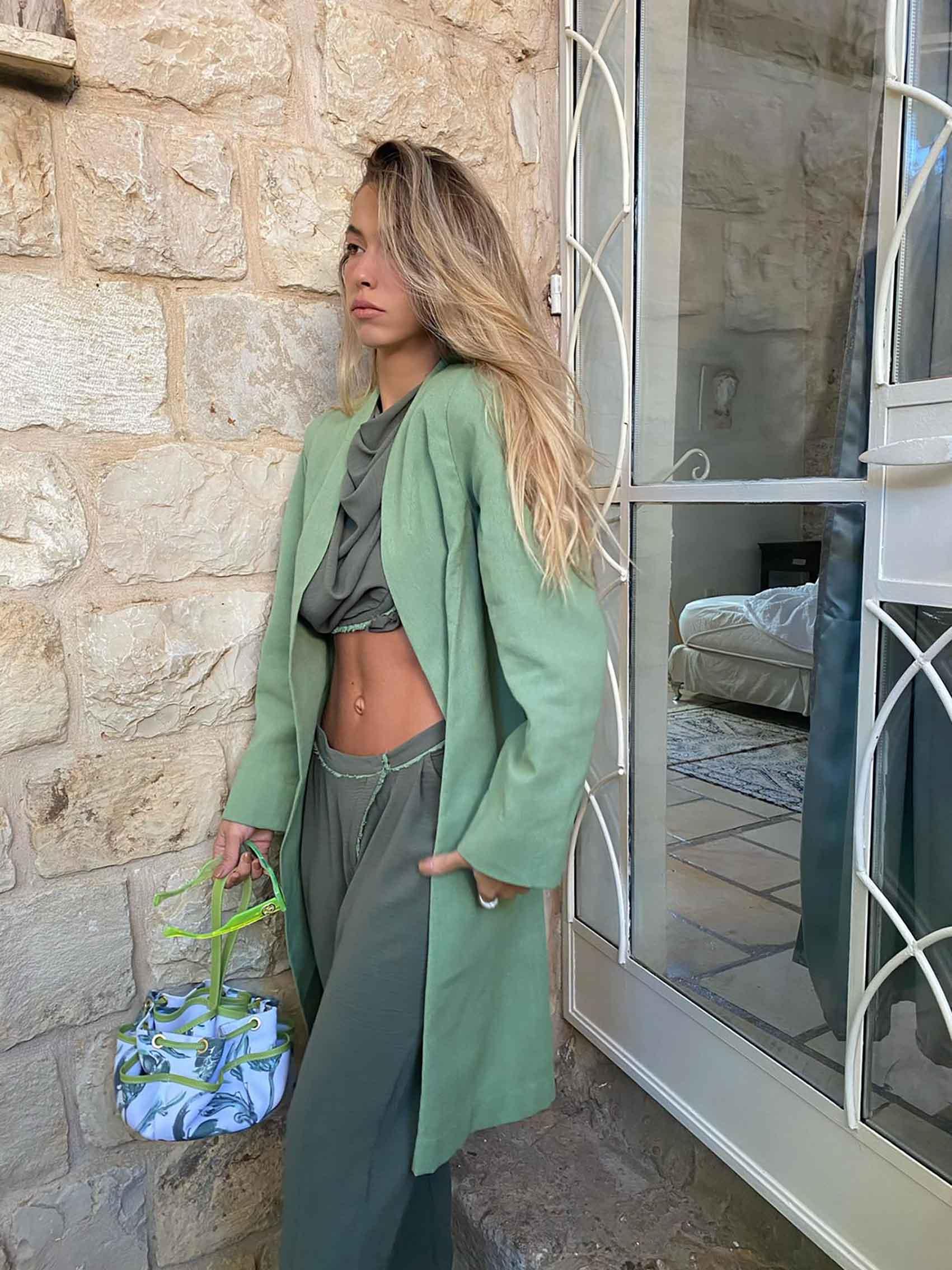 מאי משיח-מעצבת אופנה
