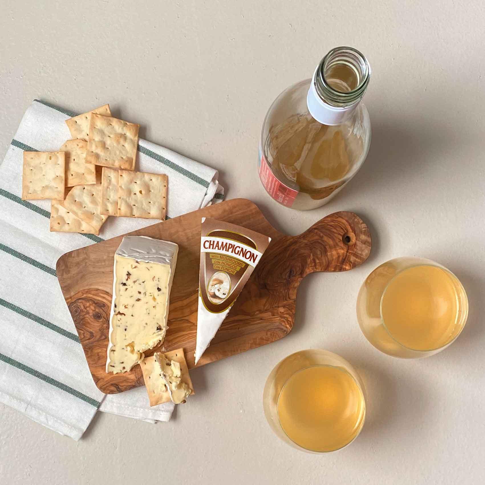 ישרקו-גבינת-עובש-עם-פטריות-שמפניון-המחיר-19.50-שח-ל-100-אופנה